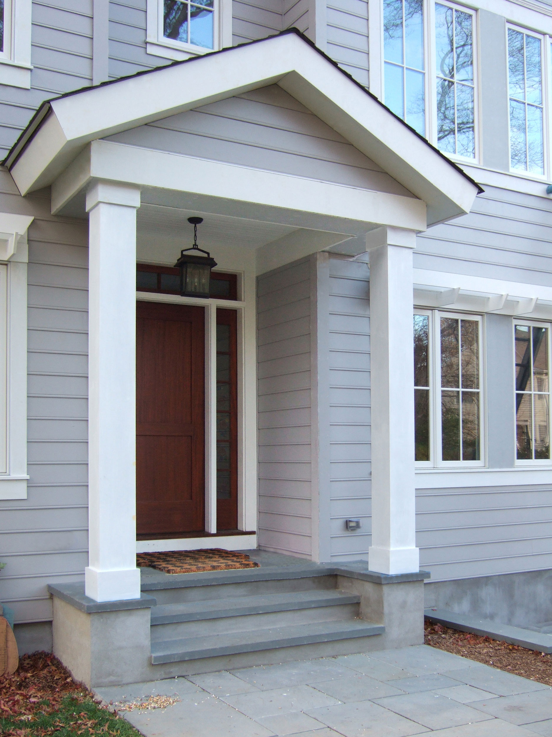 Greenwich-new-home-front-porch.jpg