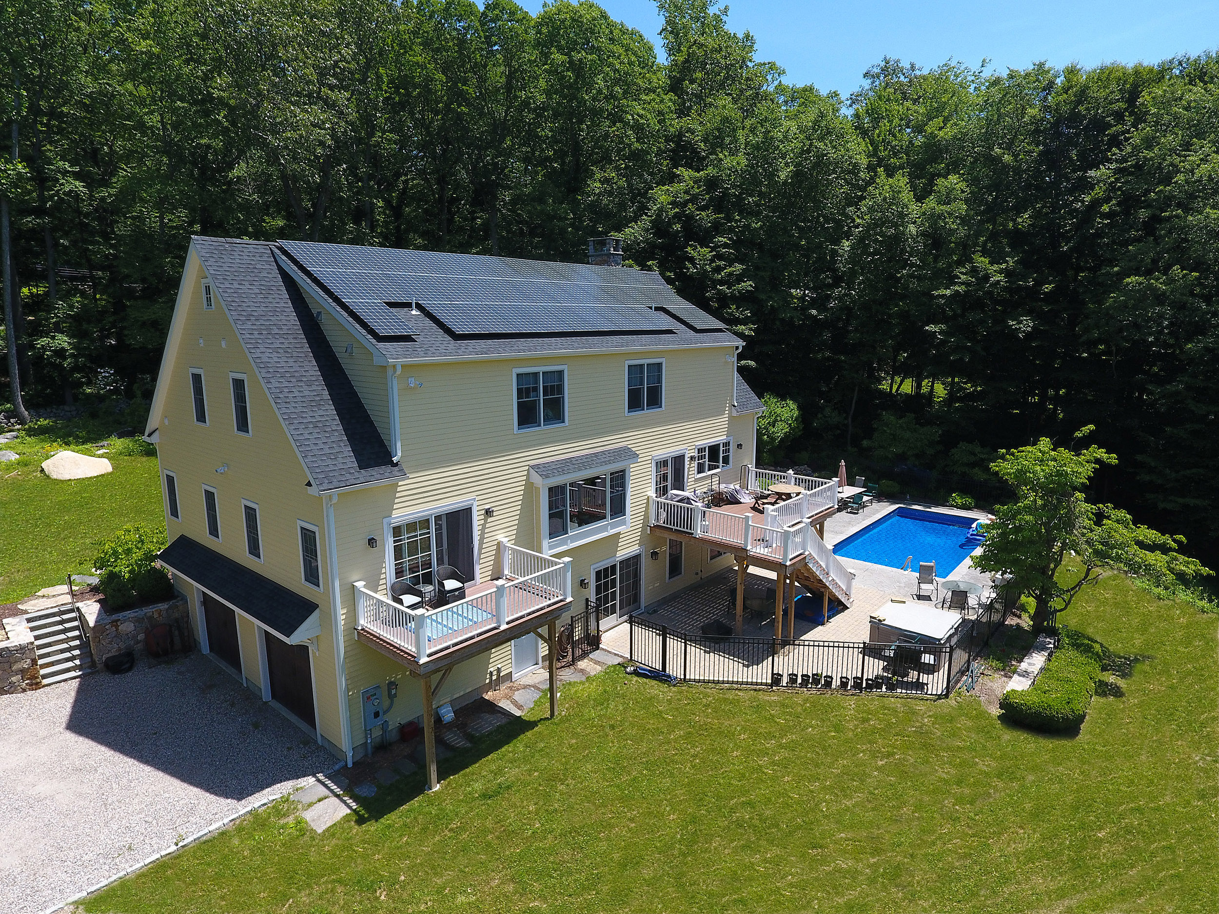 211_Linden_Tree_Rd_Wilton_Aerial_16 - updated grass - GI WEBSITE.jpg