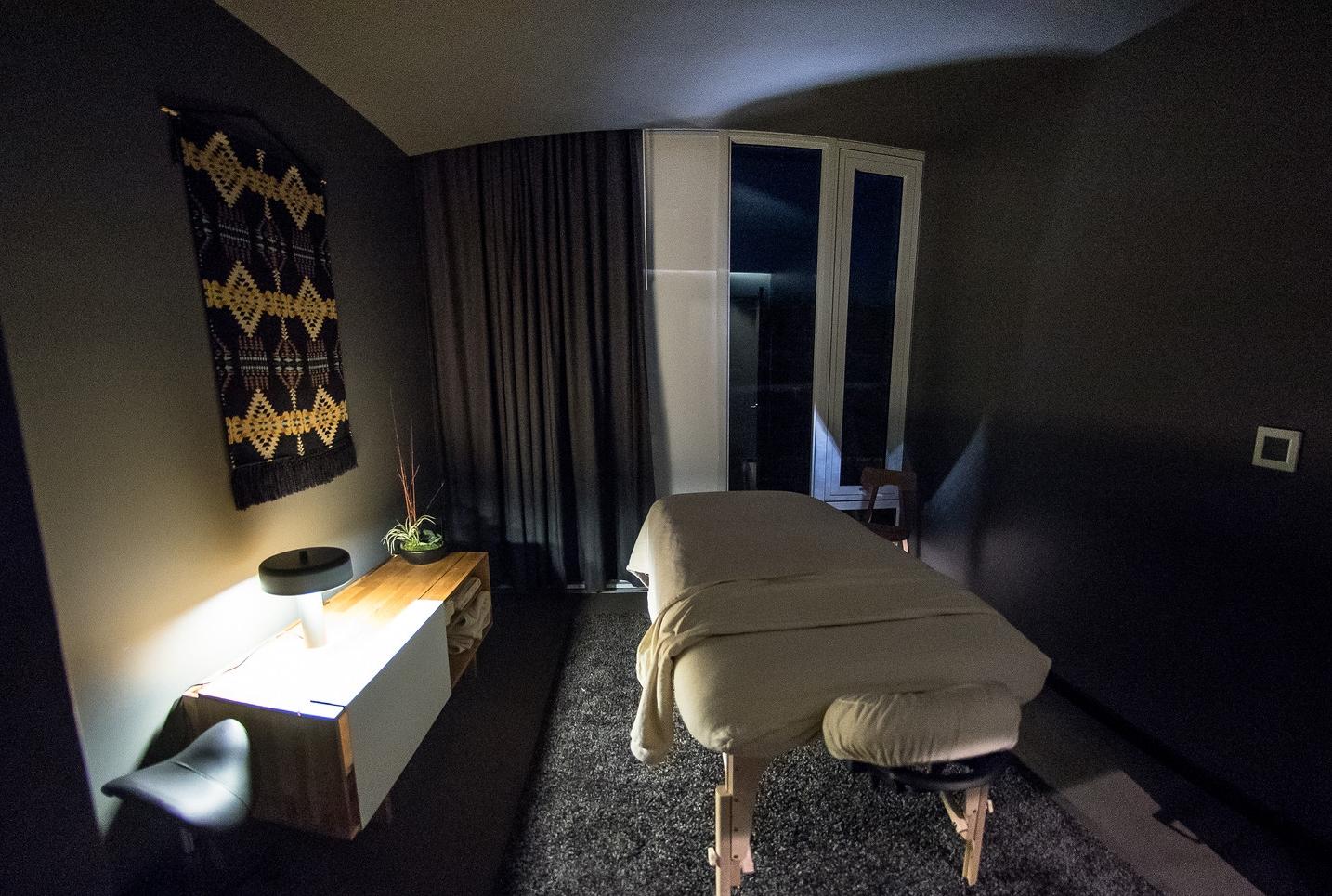 massage treatment room.jpg