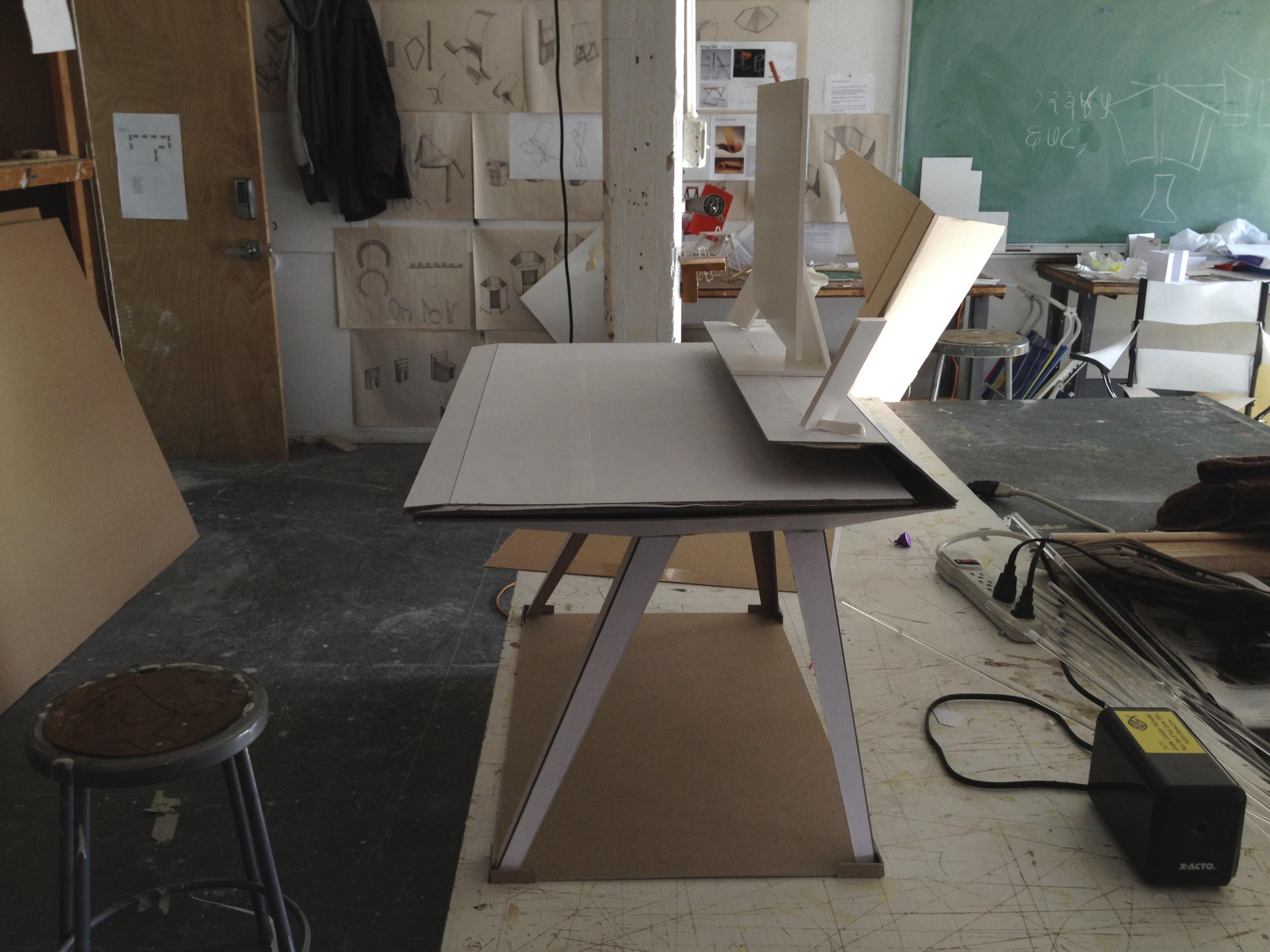 desk117halfSizeModel-1@2x.jpg