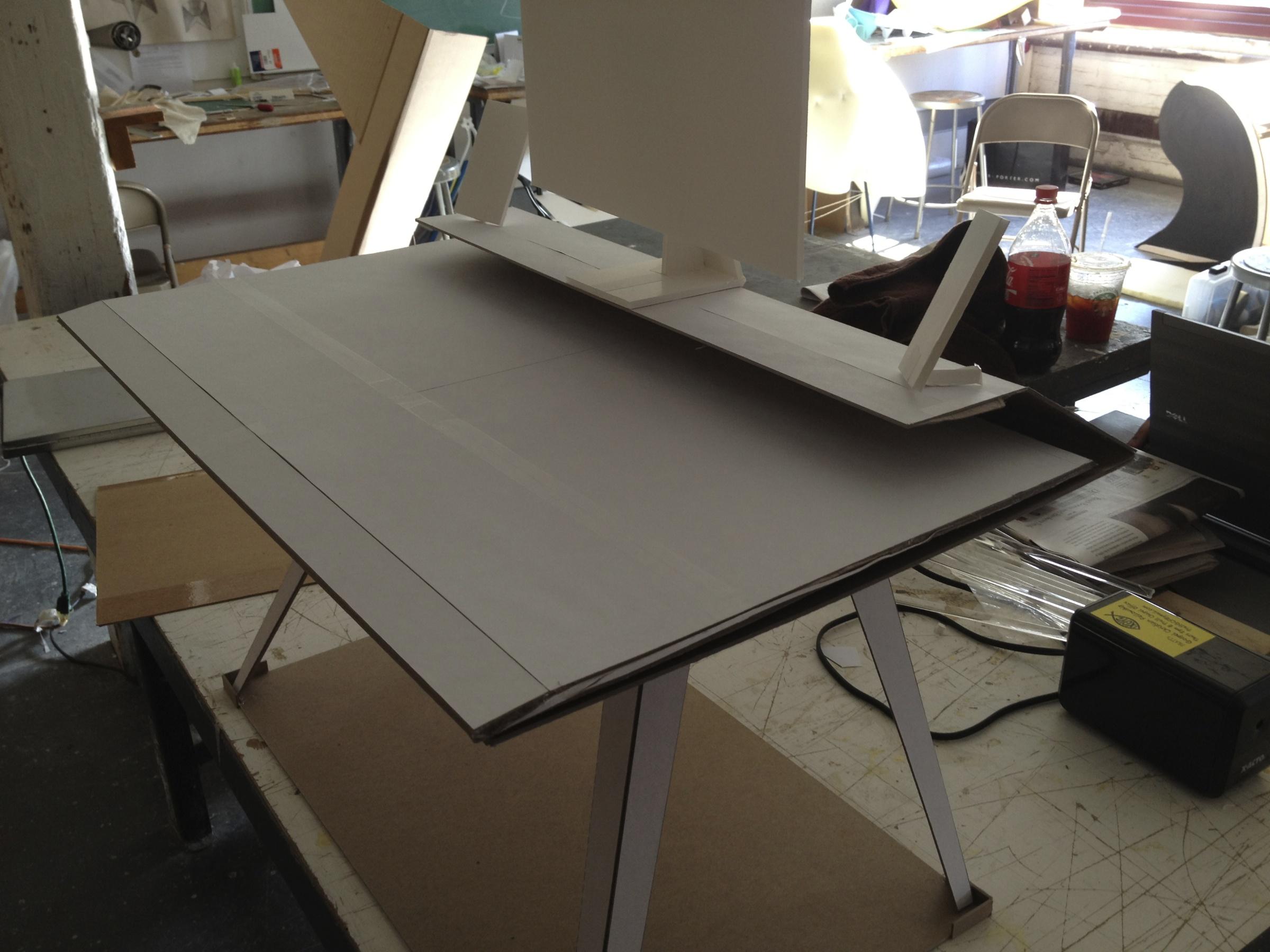 desk117halfSizeModel-2@2x.jpg