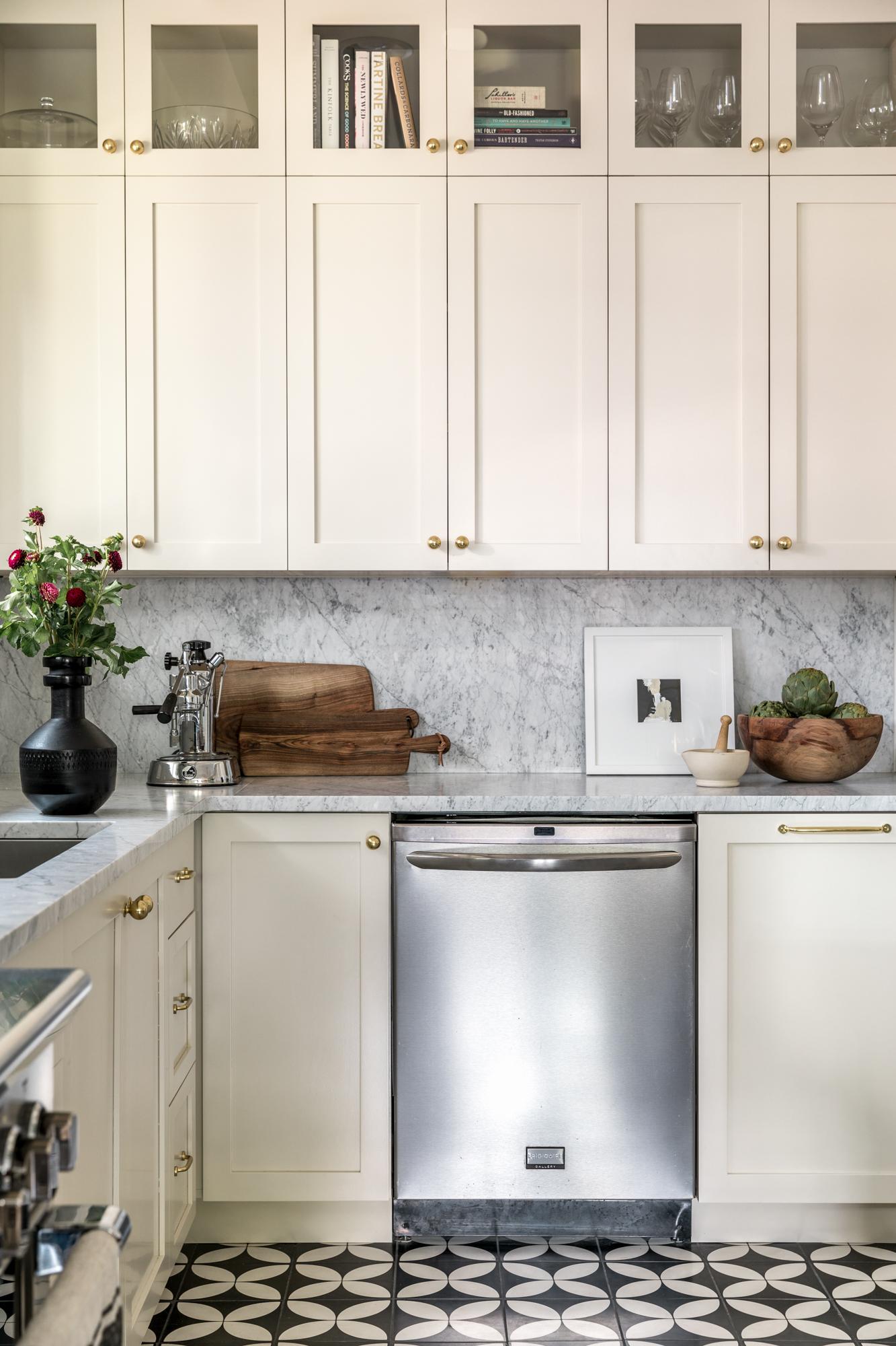 JGMB Lauren Bradshaw Design East Hill Kitchen 04.jpg