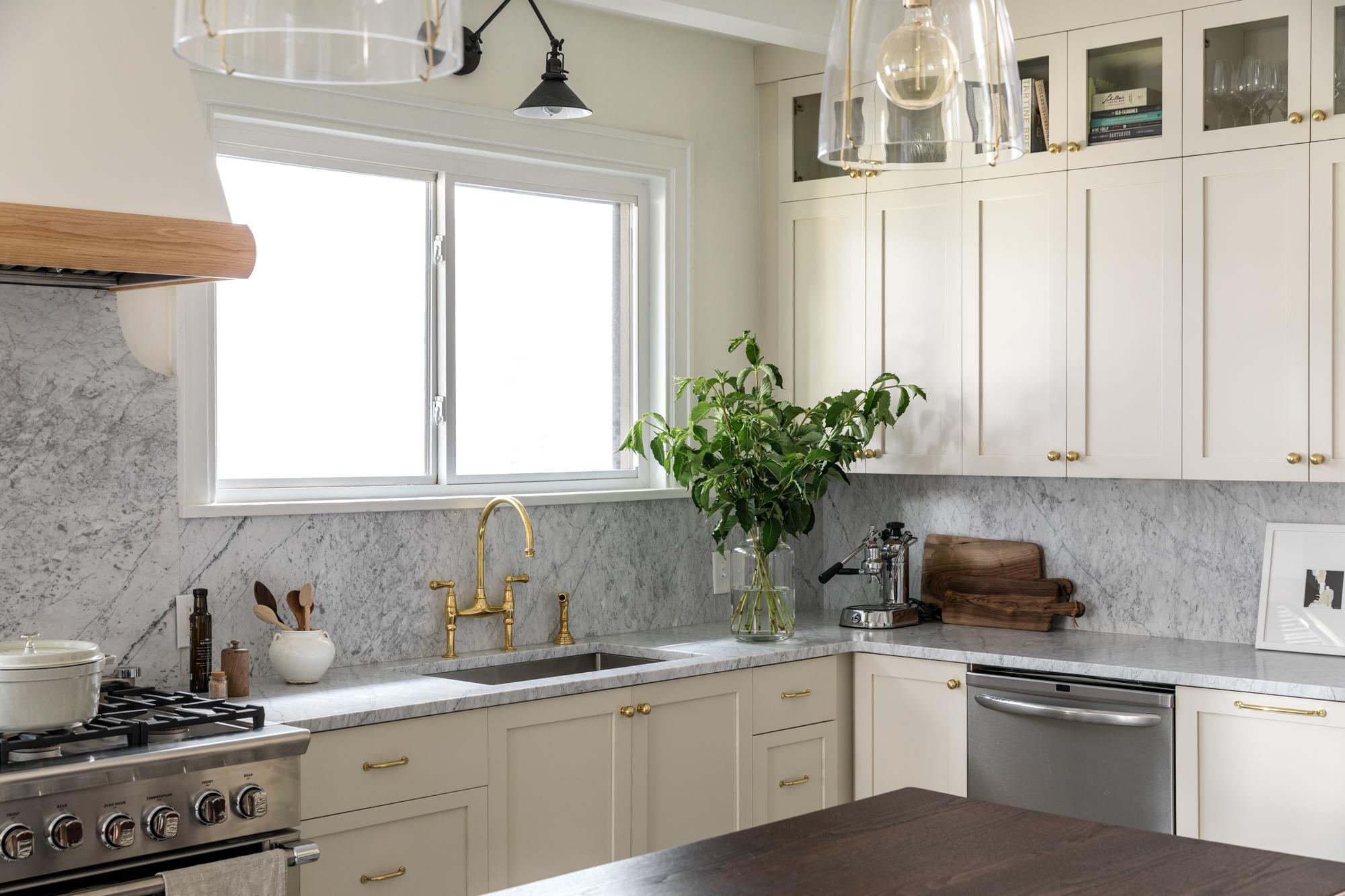 JGMB Lauren Bradshaw Design East Hill Kitchen 16.jpg