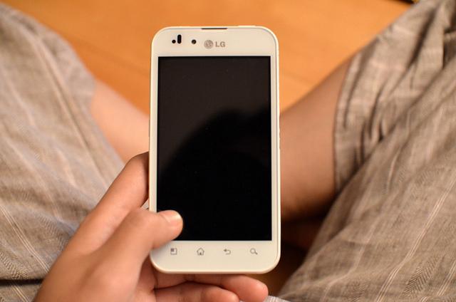 $0 new phone :) LG-P970 Optimus White  by  ryanne lai  ( CC )