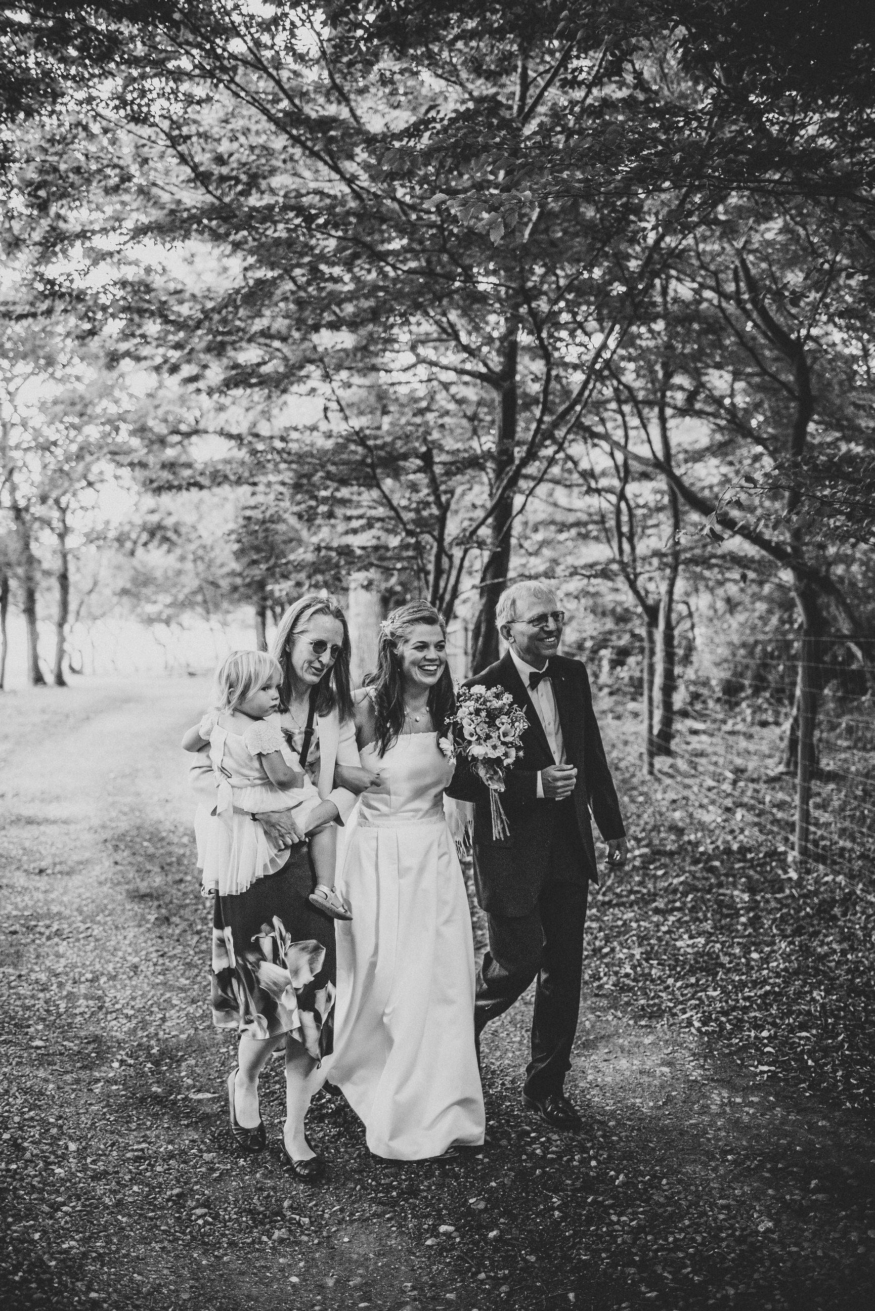 knepp-castle-boho-outdoor-wedding-132.jpg