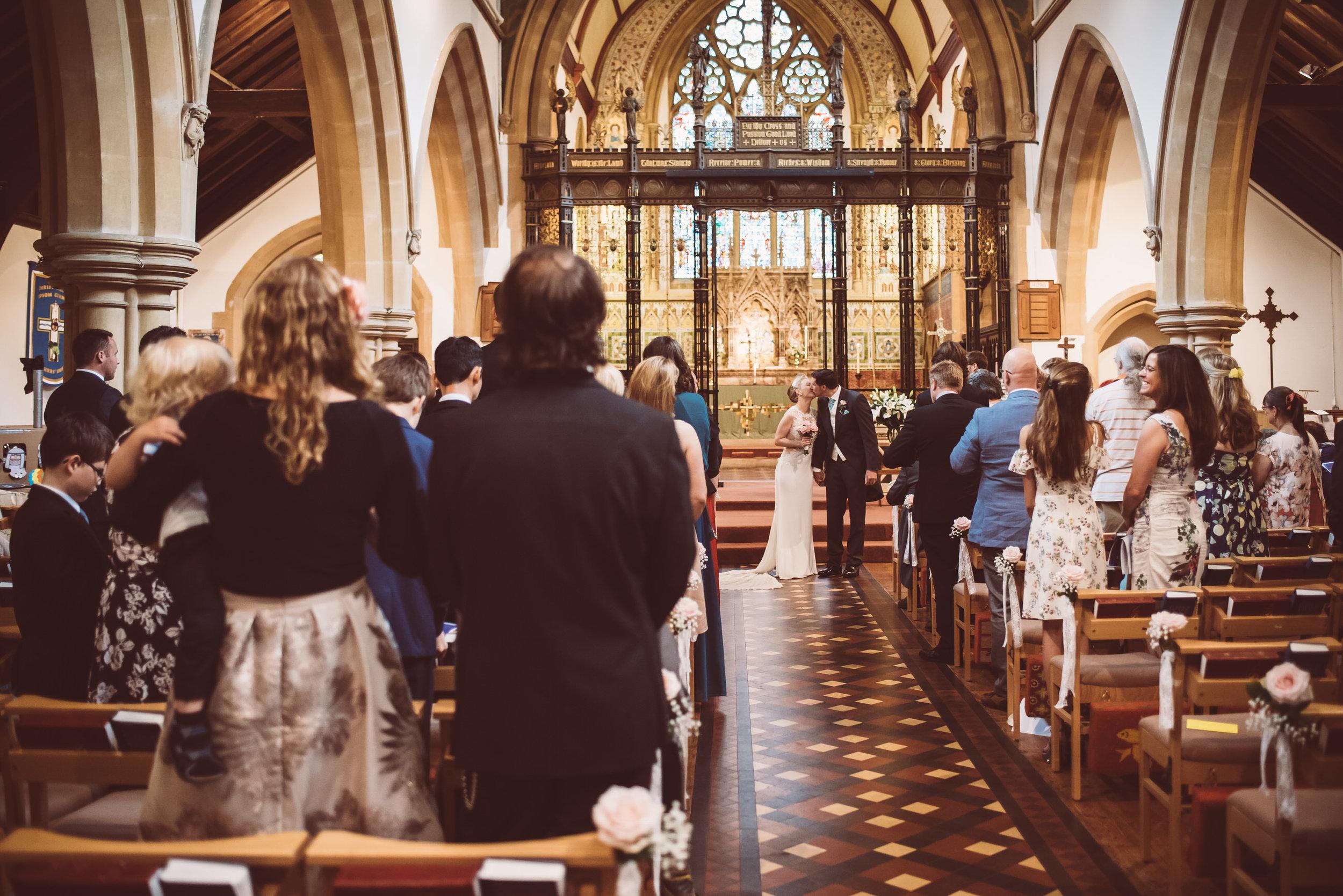 surrey-traditional-country-club-wedding-199.jpg