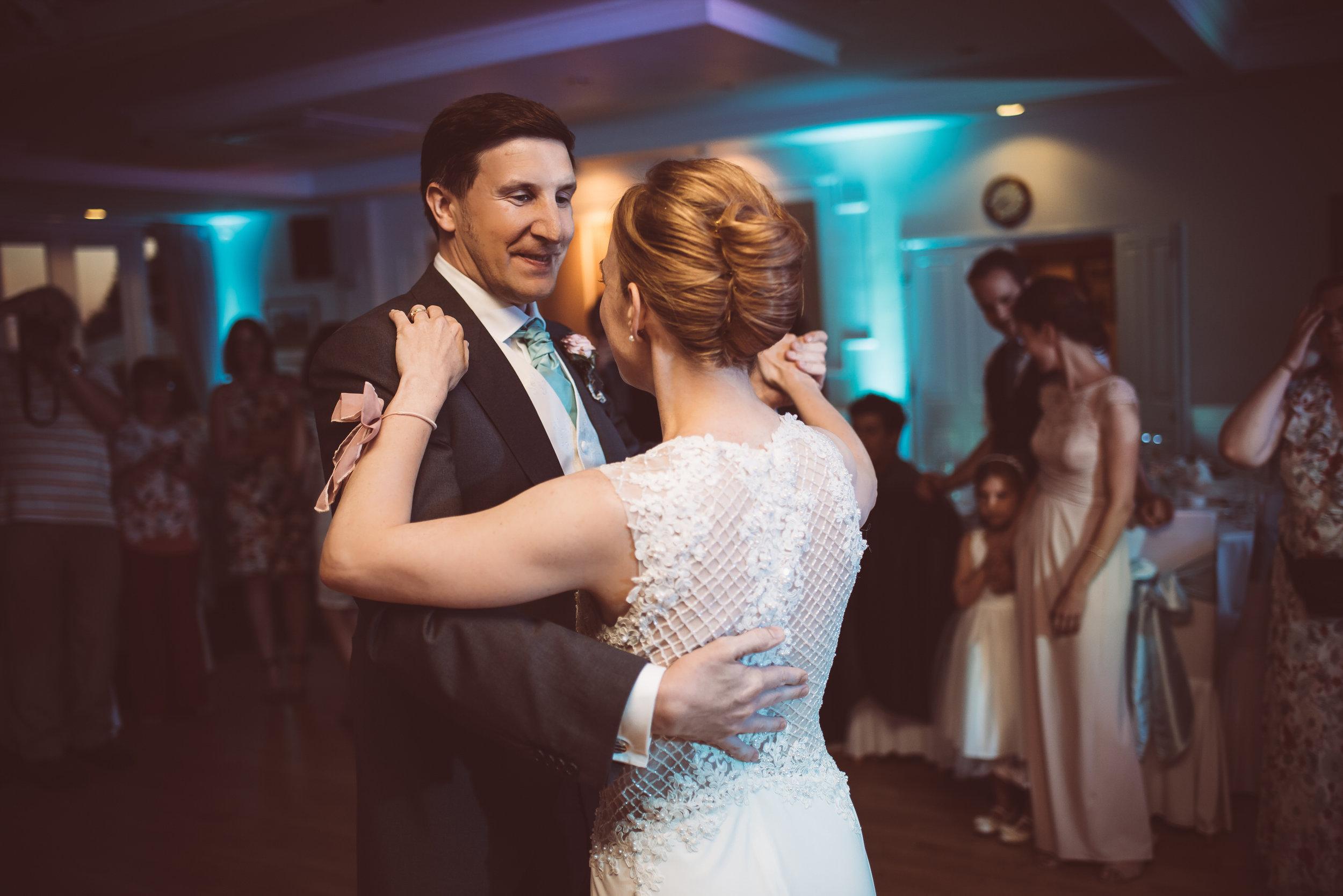 surrey-traditional-country-club-wedding-571.jpg