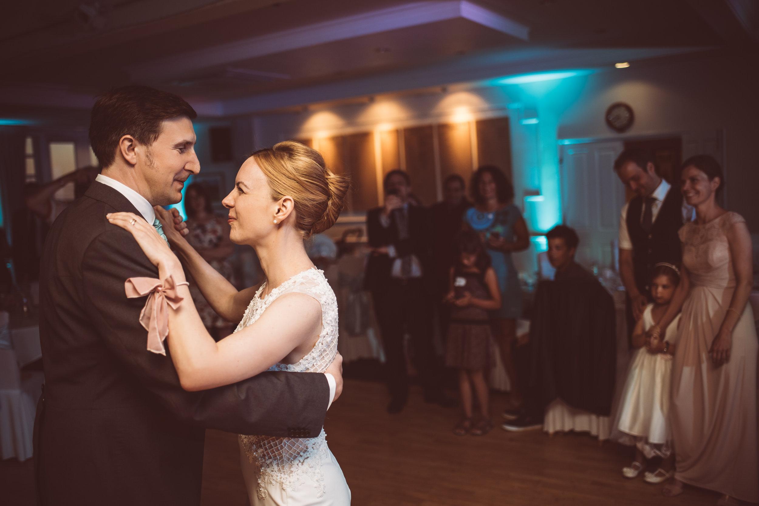 surrey-traditional-country-club-wedding-572.jpg