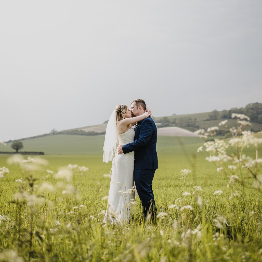 Antony R Turner Relaxed Wedding Photography Portsmouth.jpg