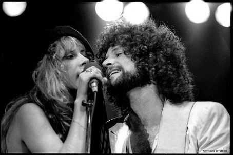 """Um. Don Henley and Stevie  dated?!? (MIND BLOWN). Also, he totally looks like Lindsey right here. Stevie, I think you may have a """"thing"""" happening."""