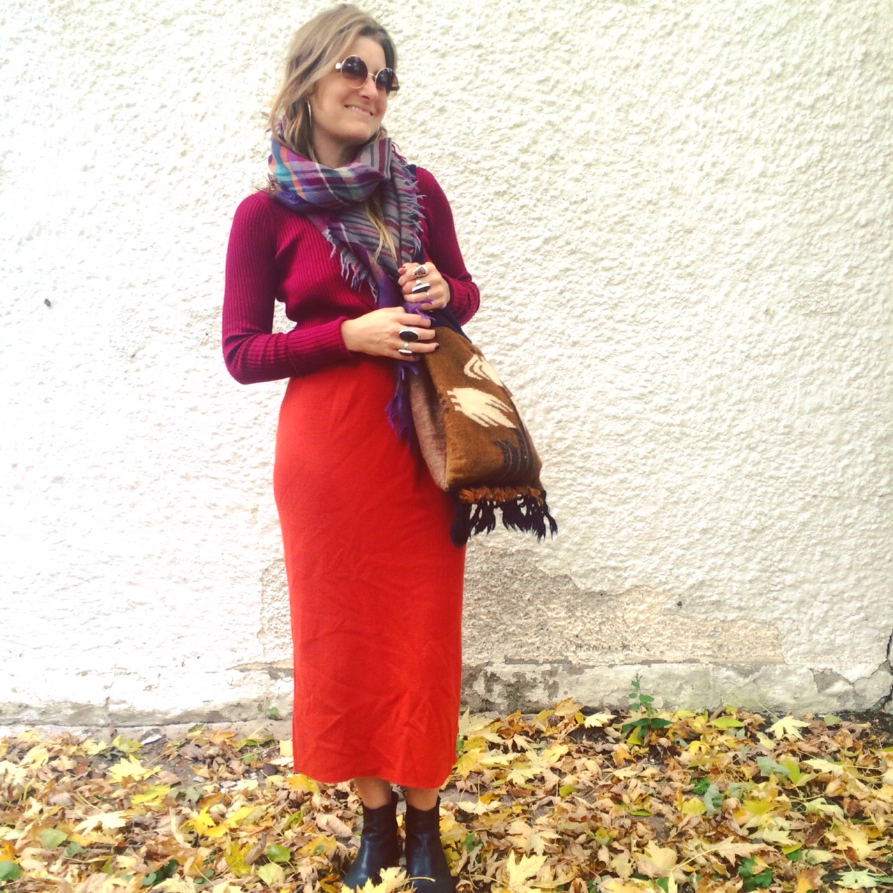 We love outfits! See what we're wearing  @doublepeacevintage .