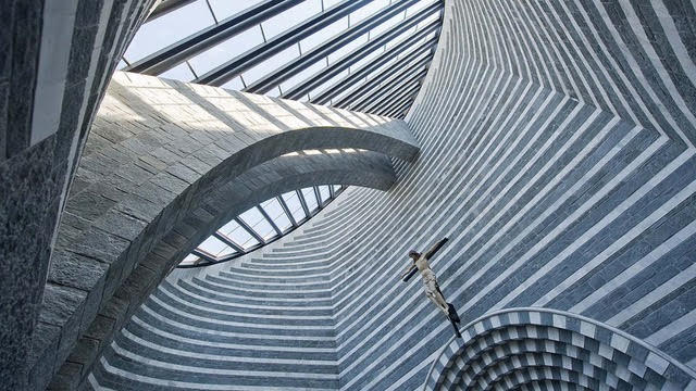 Church of San Giovanni Battista, interior view, architect Mario Botta.jpg
