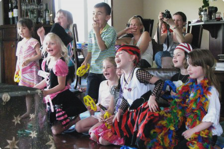birthday party audience