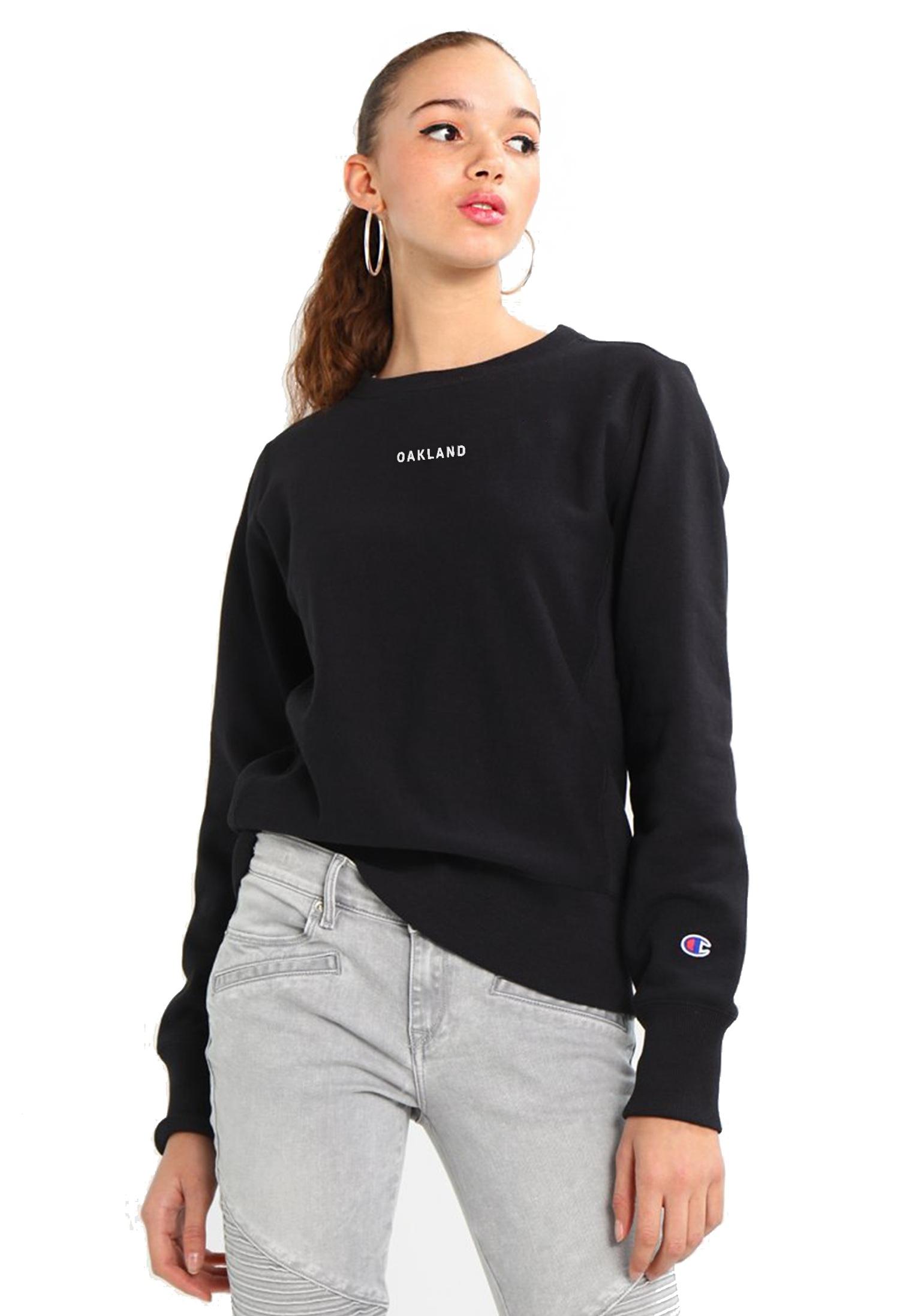 Sky Oak Co_THE BAY_Champion_black_reverse_weave_sweatshirt_woman_model_front_cover.png
