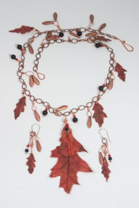 Pin Oak necklace set