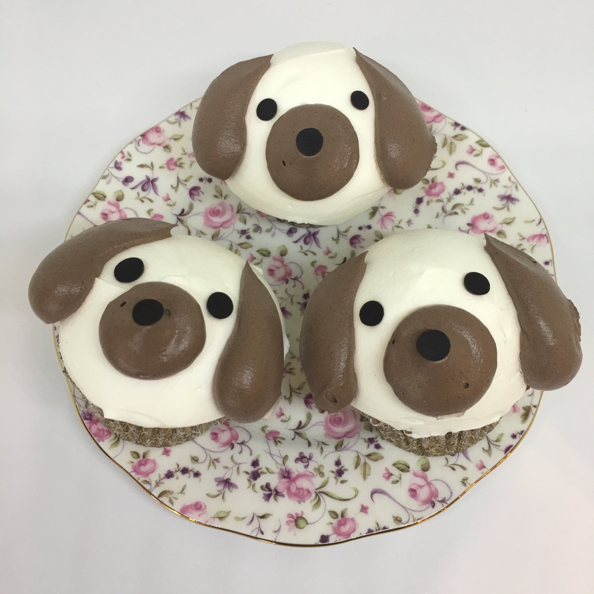 DOGGY CUPCAKE with heavy cream topping  (available at Kam Shopping Center location only)