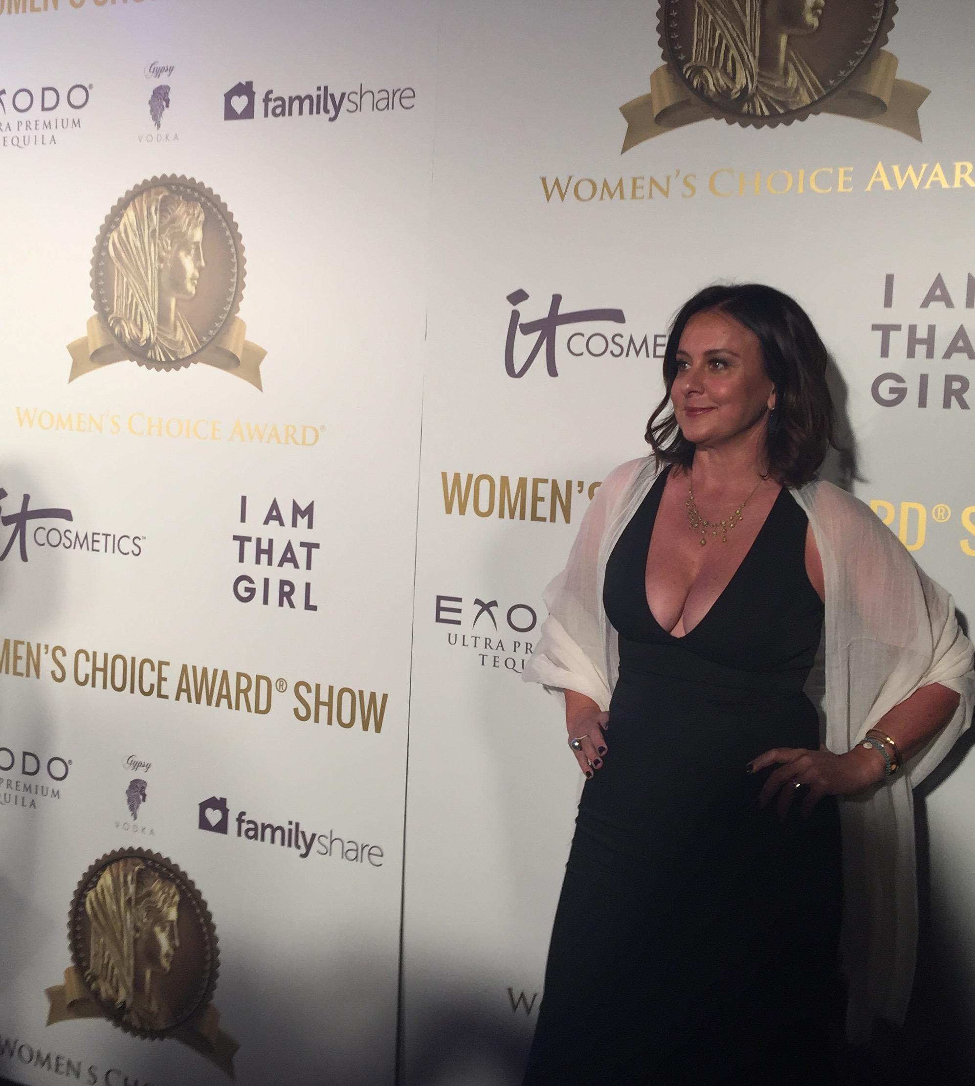 Georgie_shero_womens_choice_awards_red_carpert.jpg