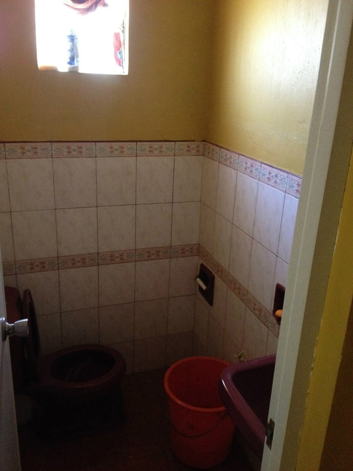 A bathroom.jpg