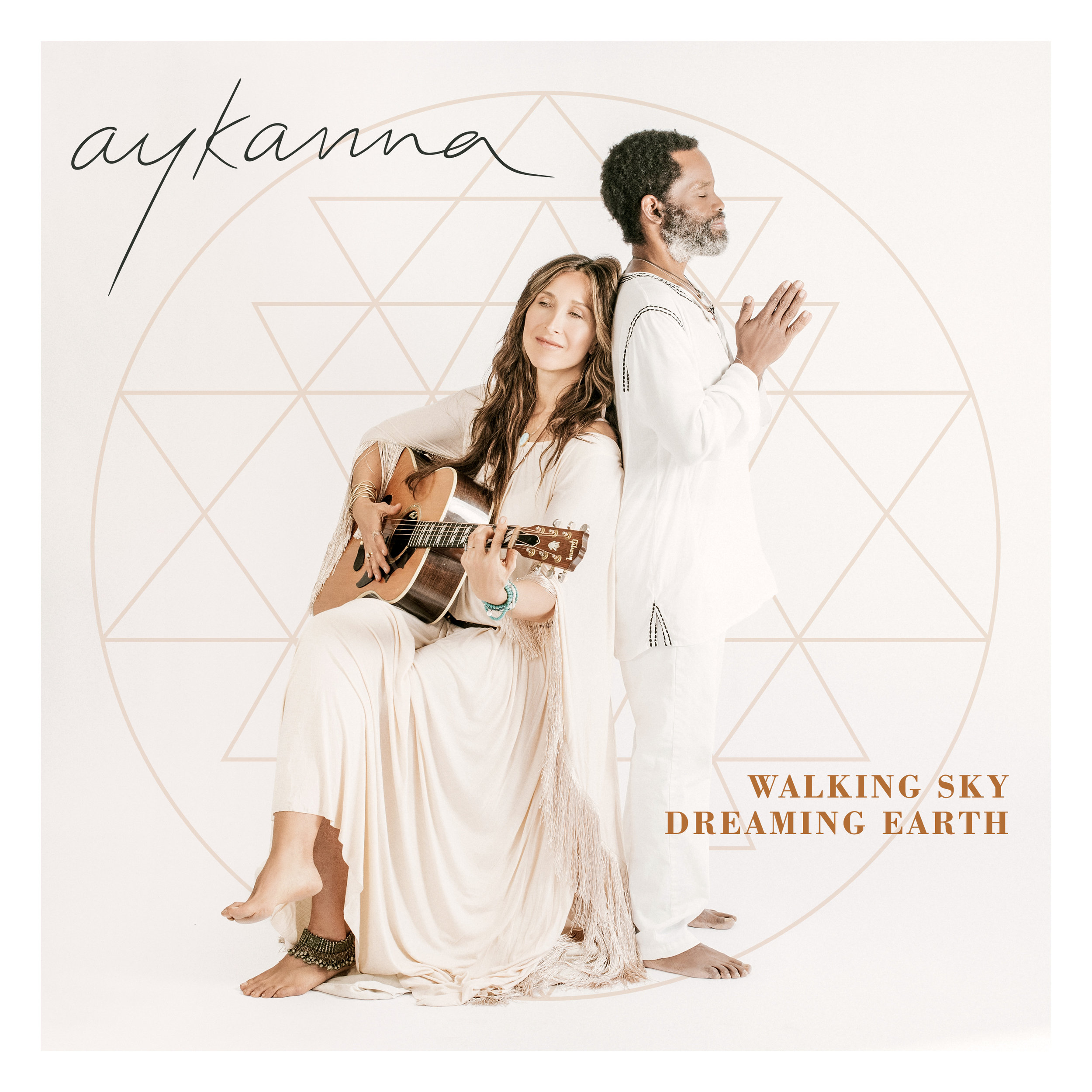 Aykanna_WalkingSkyDreamingEarth_FrontCover_3000x3000.jpg