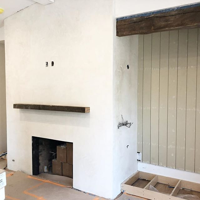 All the pieces coming together. Reclaimed beams, mantel and shiplap up, plaster drying,now we just need some paint and cabinets! . . . . #progressphoto #losangeles #architecture #interiordesign #shiplap #reclaimedbeams