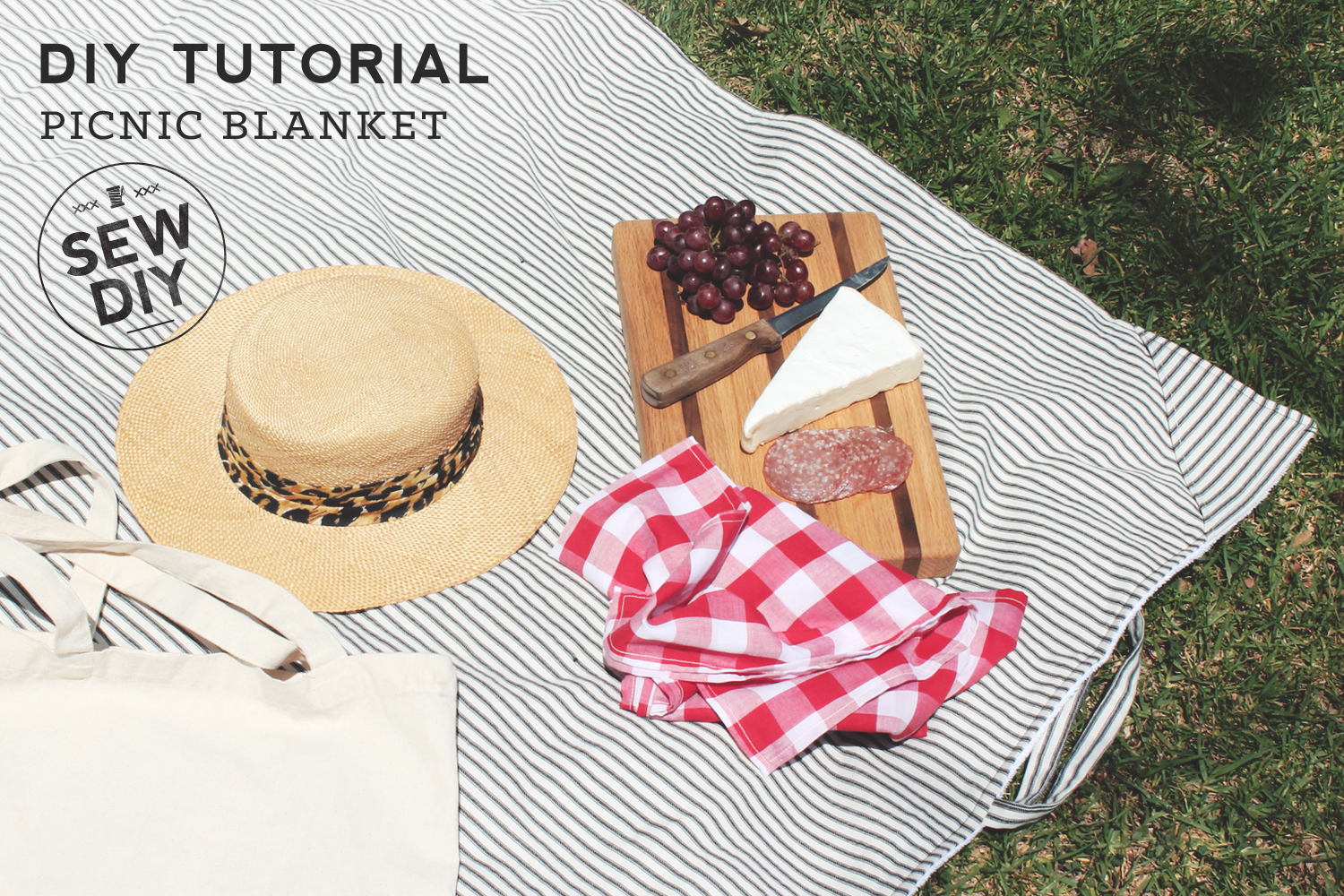 Easy DIY tutorial for making a picnic blanket. Sew DIY