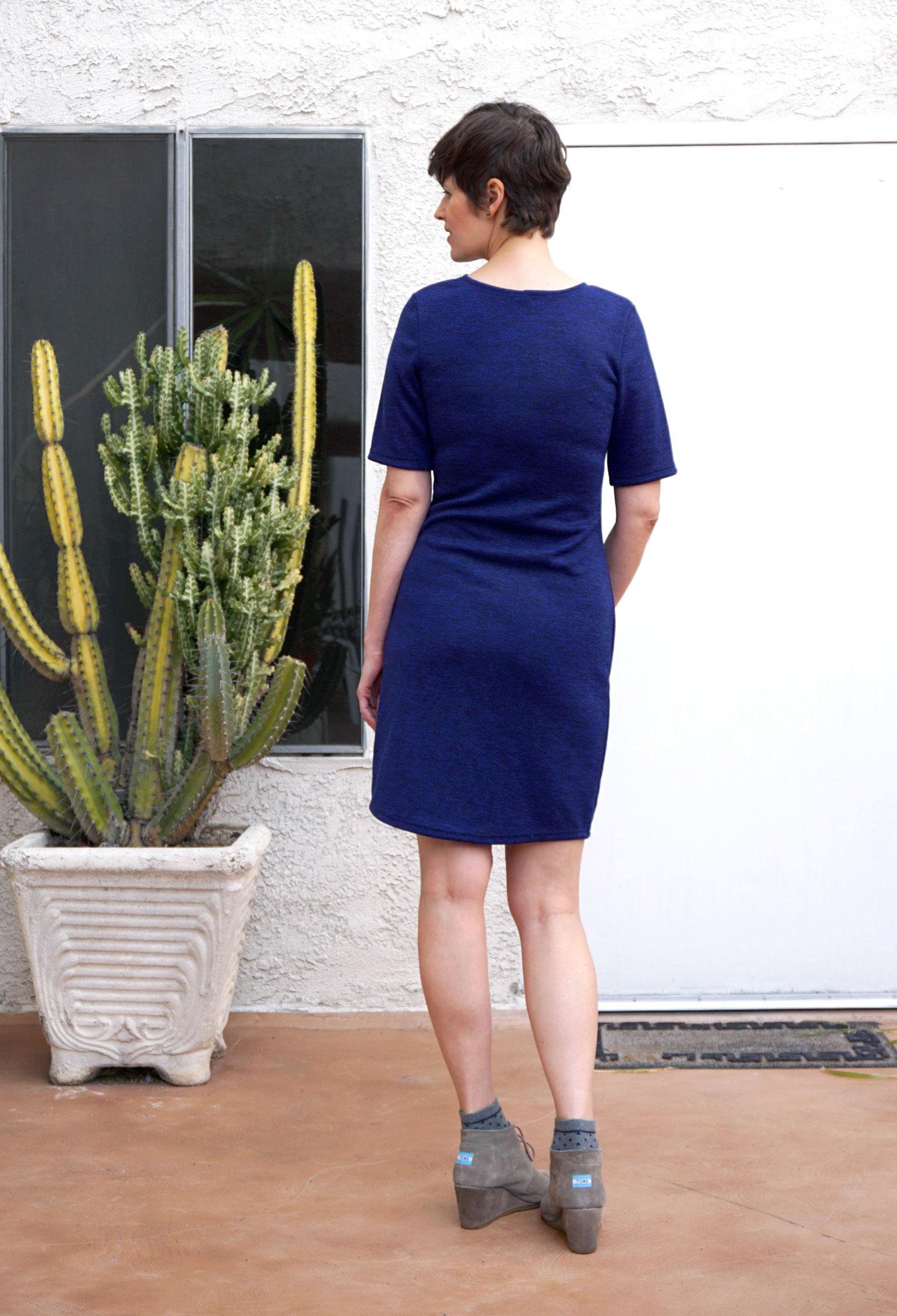 DIY Navy Mesa Dress | Sew DIY