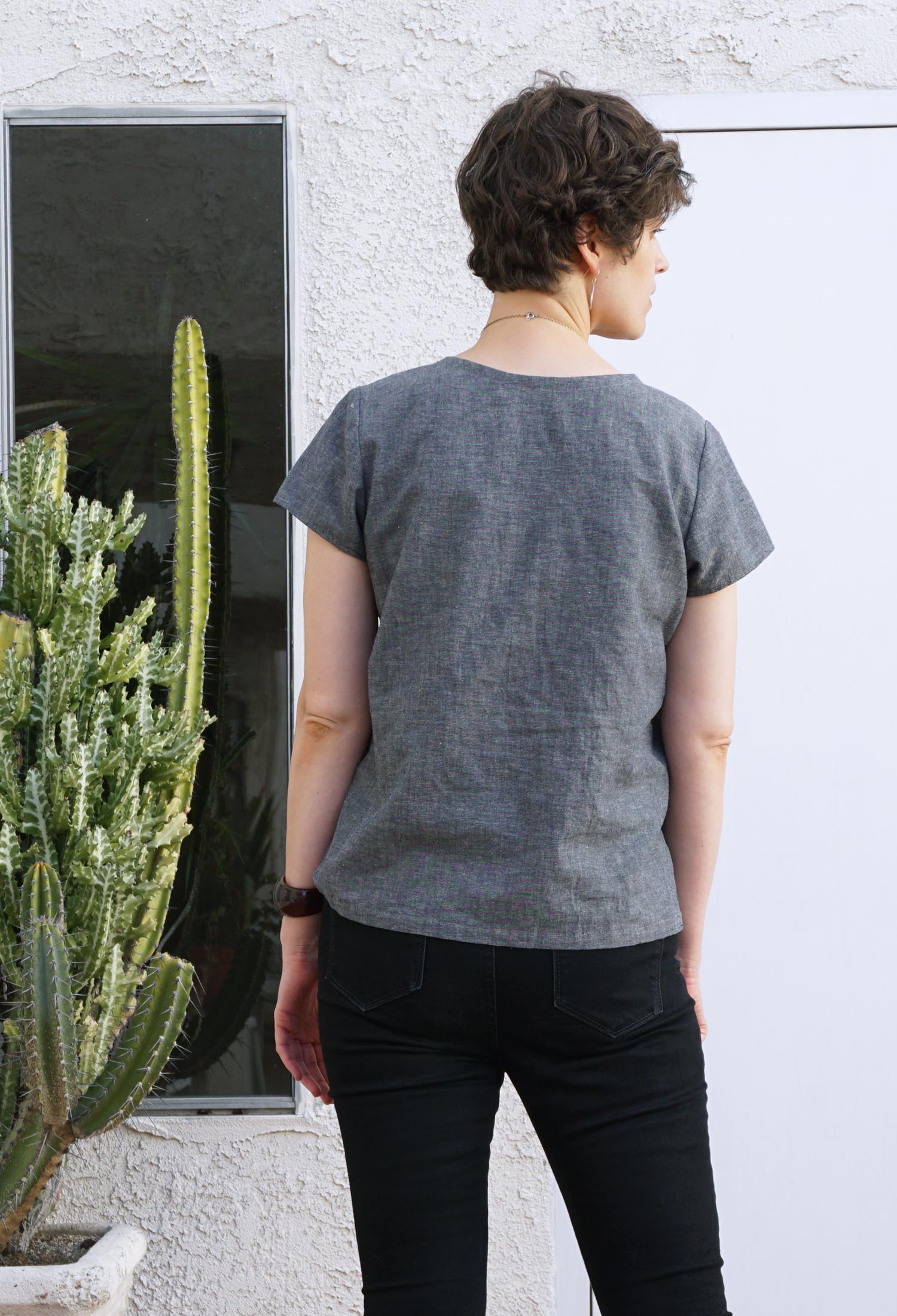 DIY Grey Chambray Scout Tee | Sew DIY