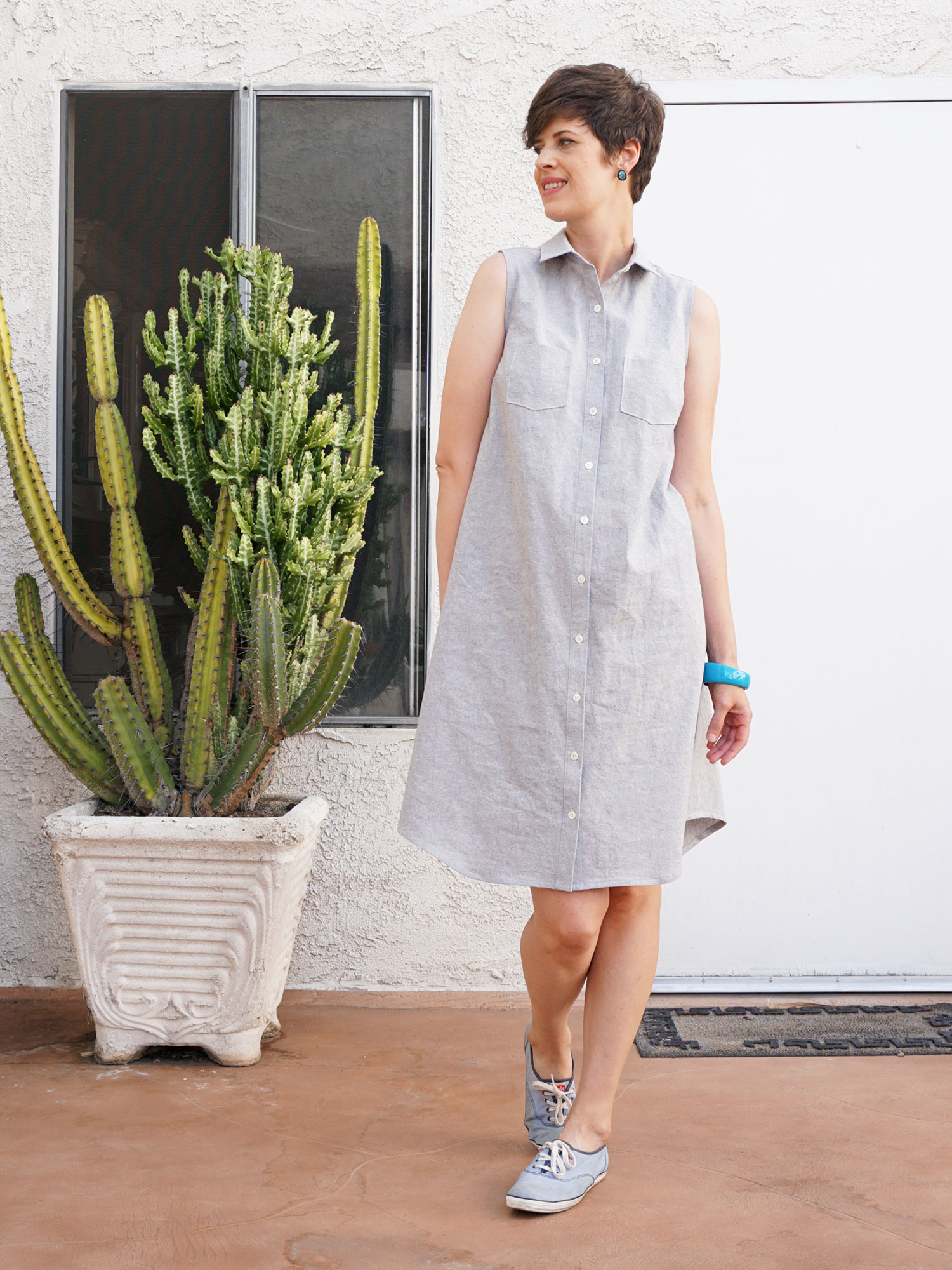 DIY Linen Shirtdress, review of the Alder Shirtdress sewing pattern by Grainline Studio | Sew DIY