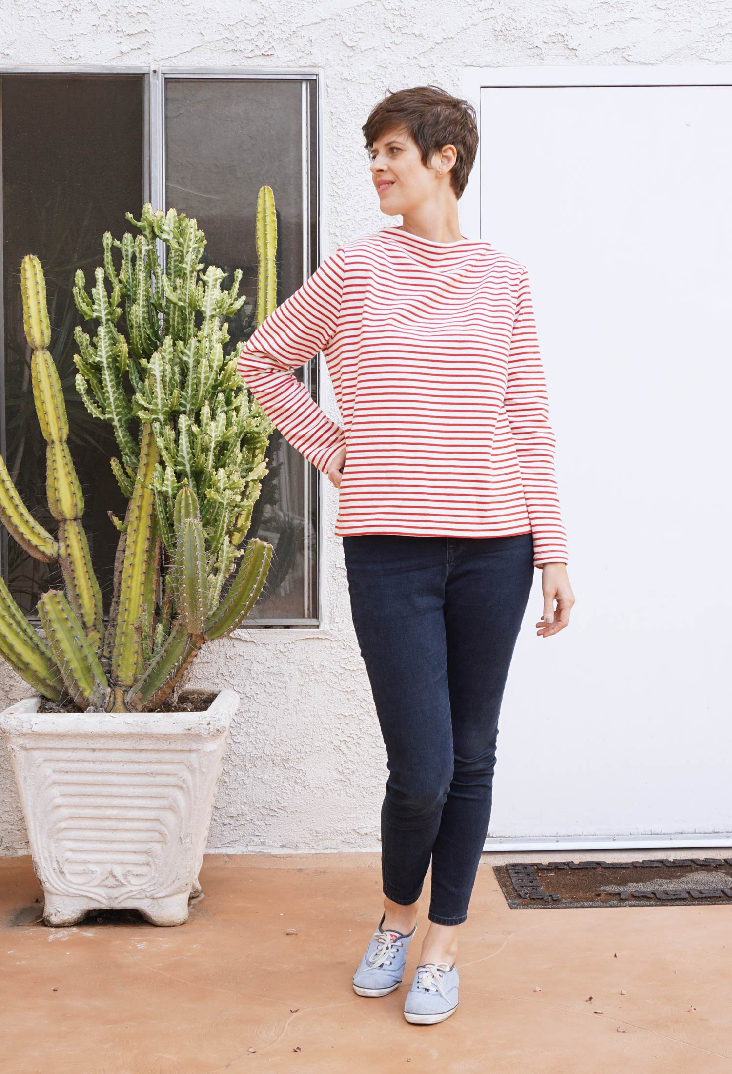 DIY Funnel Neck Sweater - Review of the Toaster Sweater pattern by Sew House 7 | Sew DIY