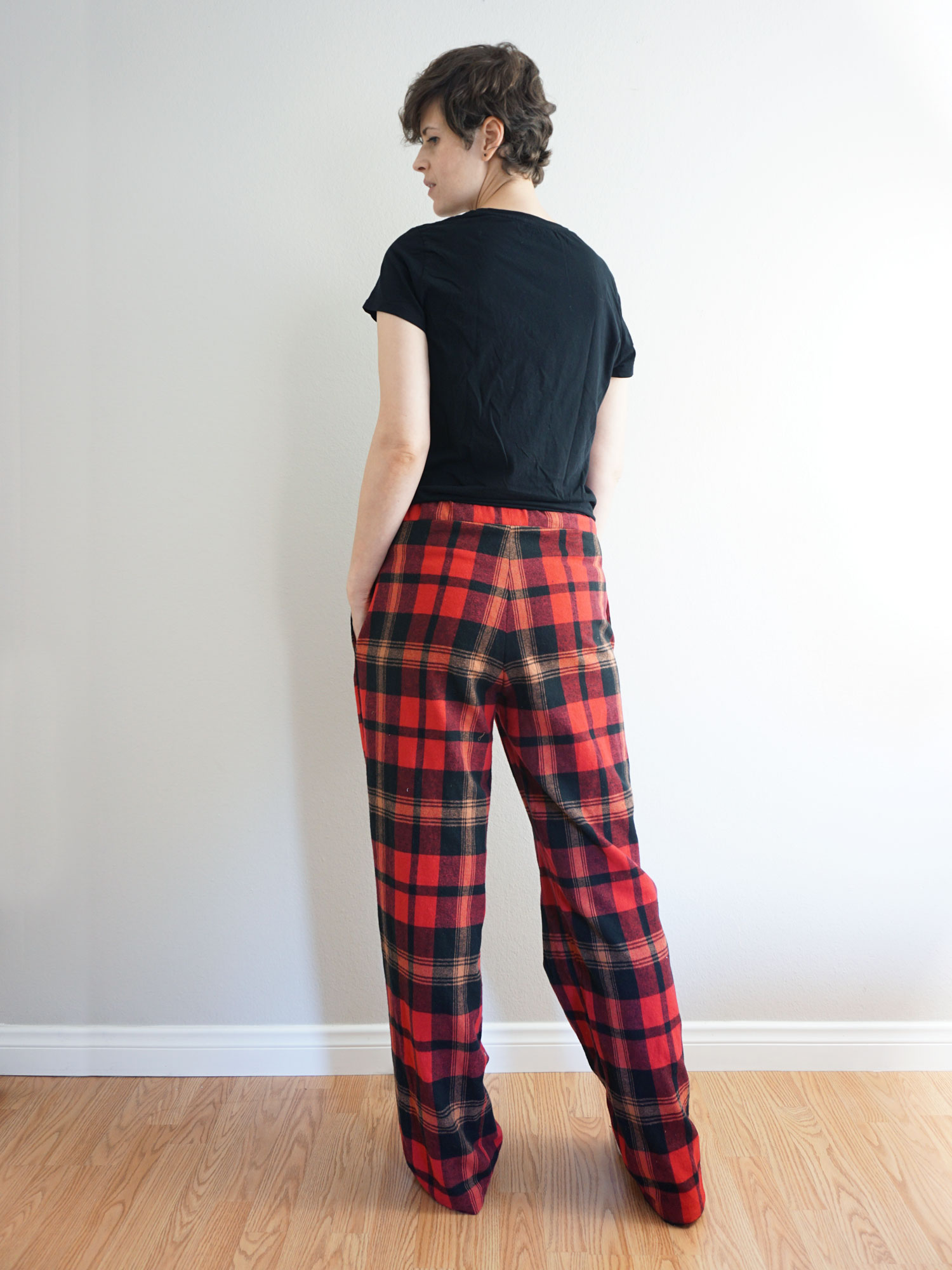 DIY Pajama Bottoms – Review of the Sew Over It Ultimate Pyjamas pattern | Sew DIY
