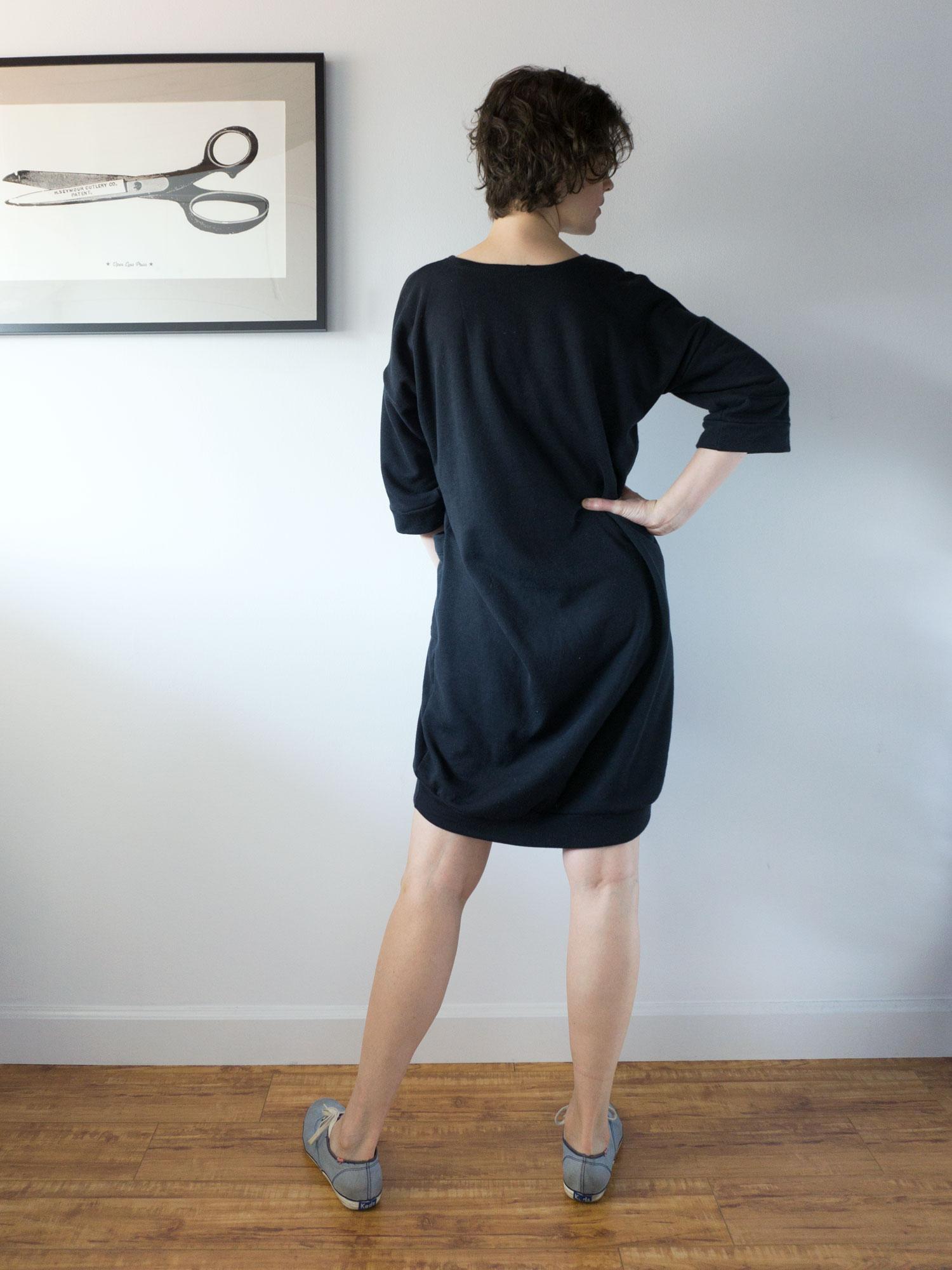 Black Sweatshirt Dress –Lou Box Dress 1 | Sew DIY