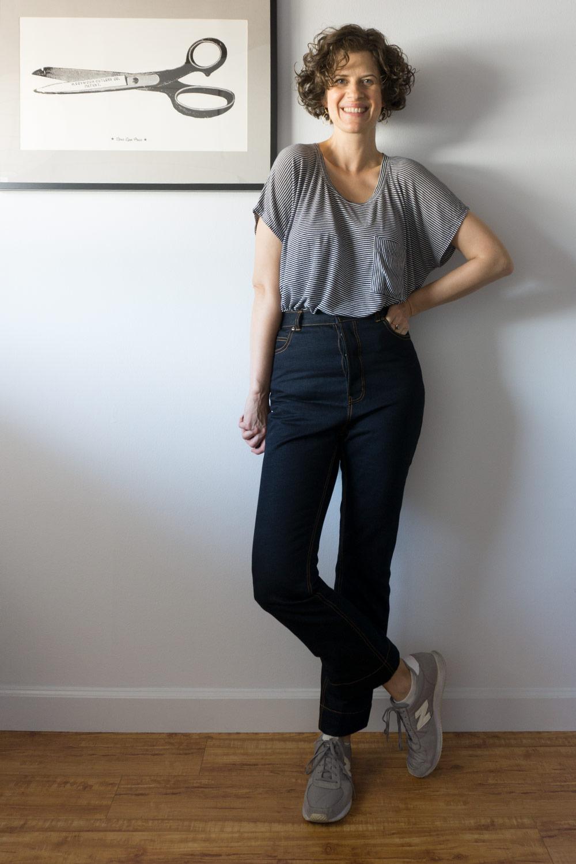 18SEWDIY-DawnJeans-Outfit-front2.jpgDIY High Rise Rigid Jeans - Megan Nielsen Dawn Jeans   Sew DIY