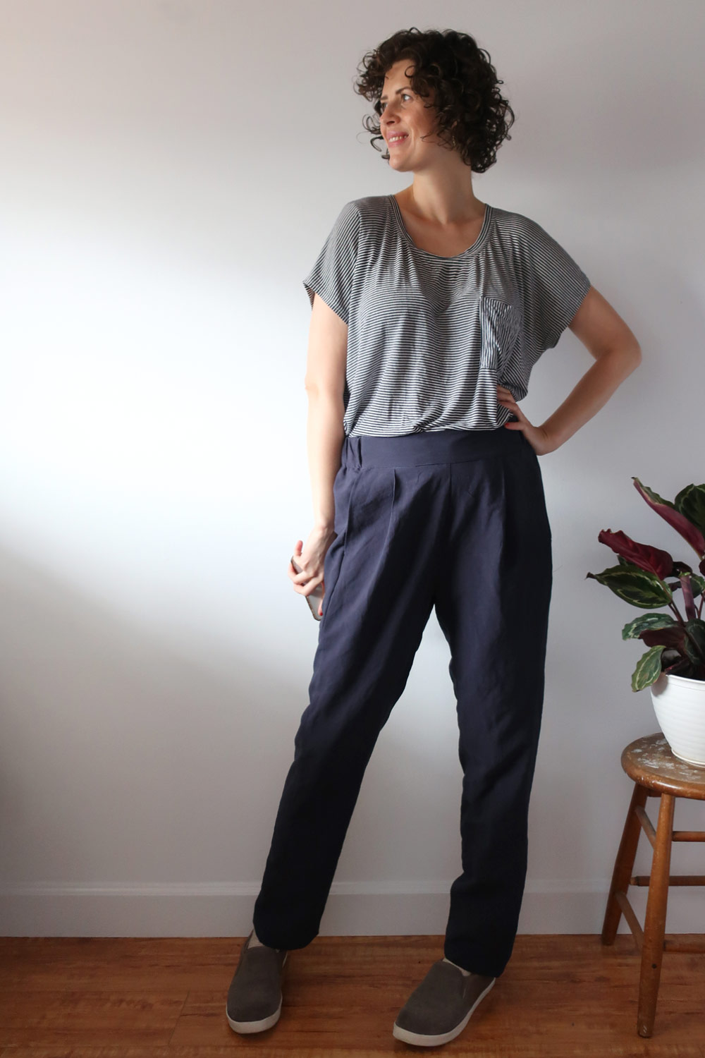 DIY Pleated Pants – Review of the Calyer Pants pattern by French Navy Now   Sew DIY