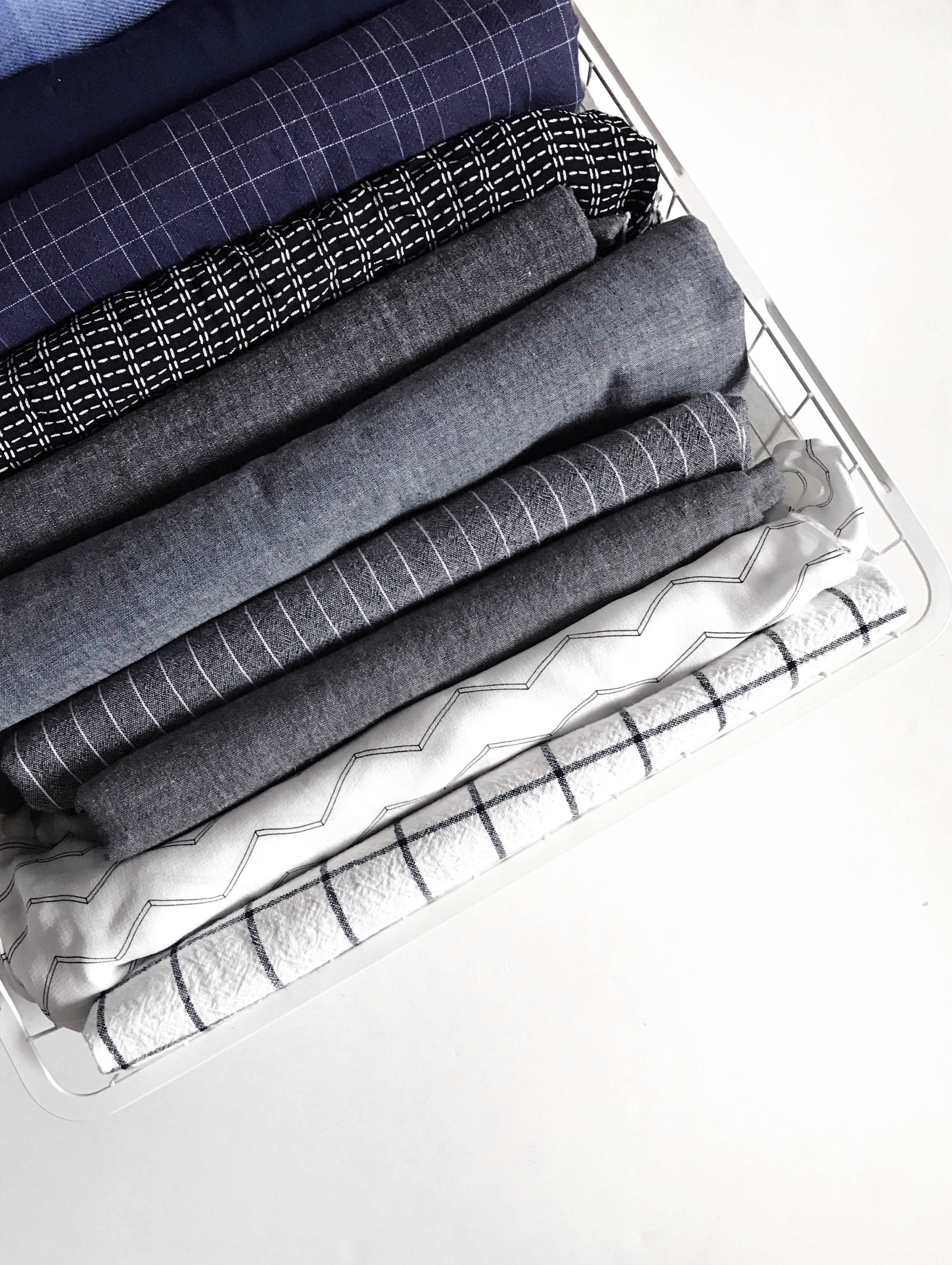 Tips for Organizing Your Fabric Stash by Sew DIY
