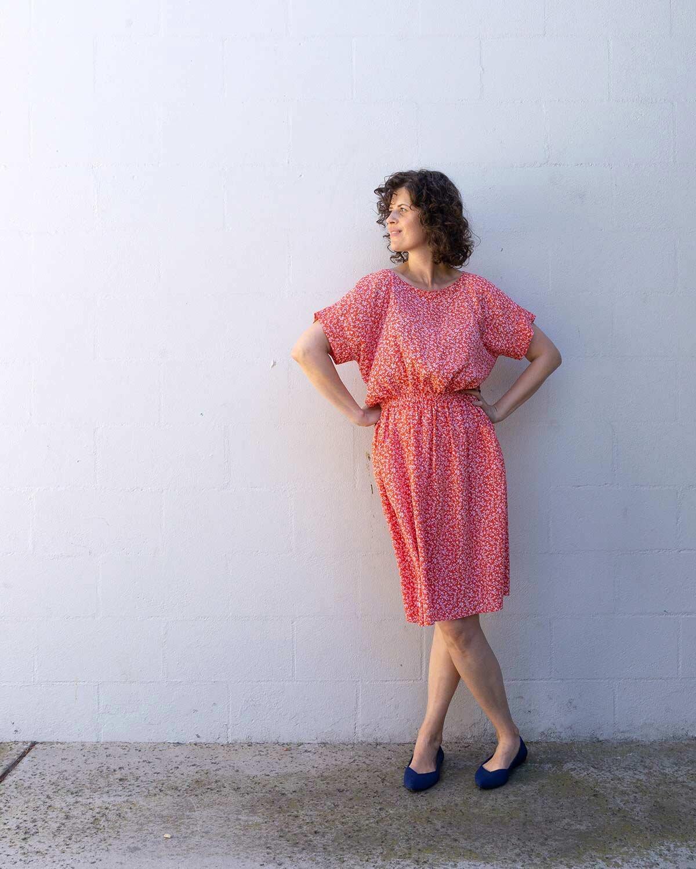 DIY elastic waist dress with short cuff sleeves - Lou Box Dress by Sew DIY
