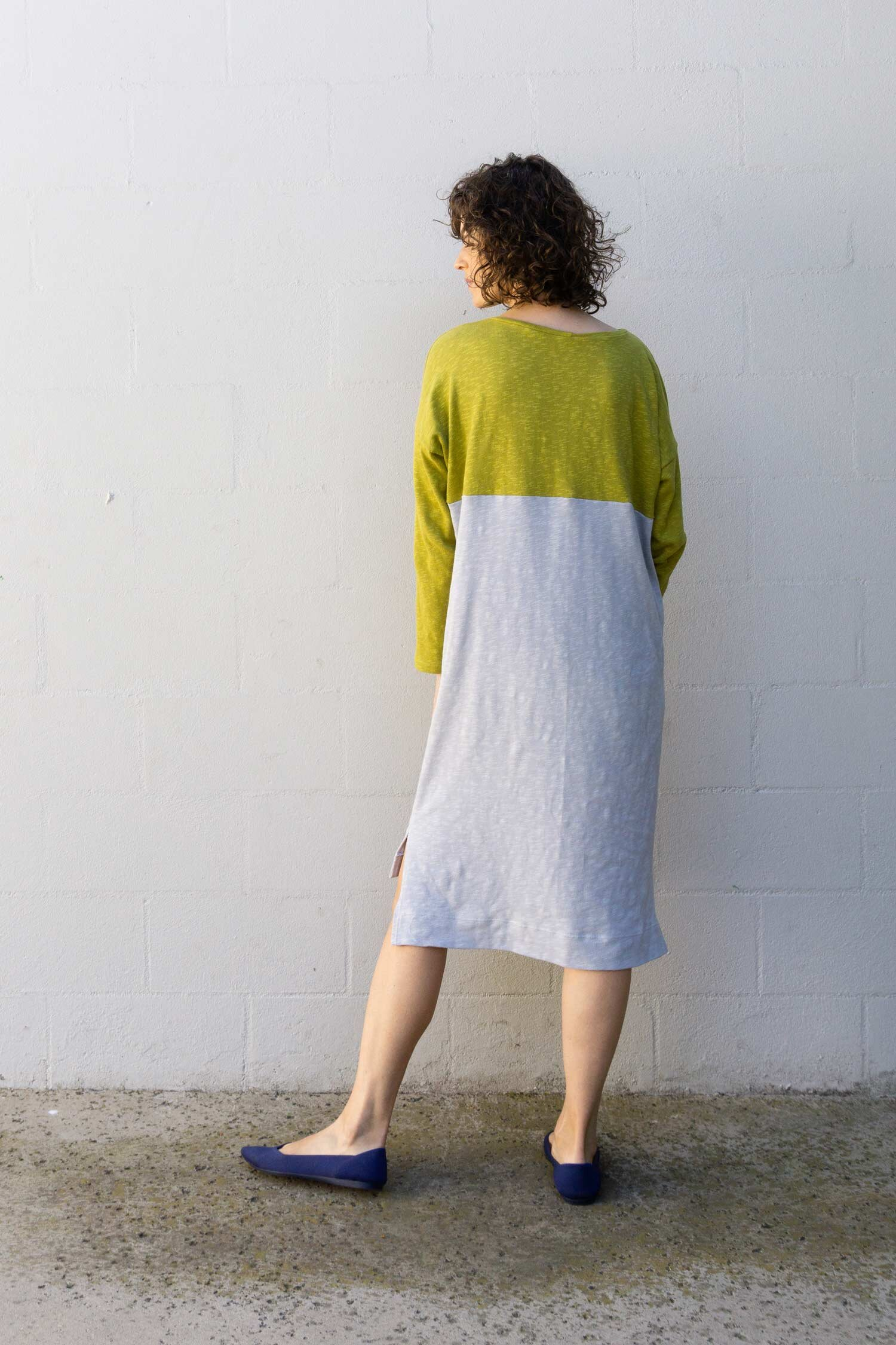 Learn how to hack the Lou Box Top to make a color blocked, split hem sweater dress by Sew DIY