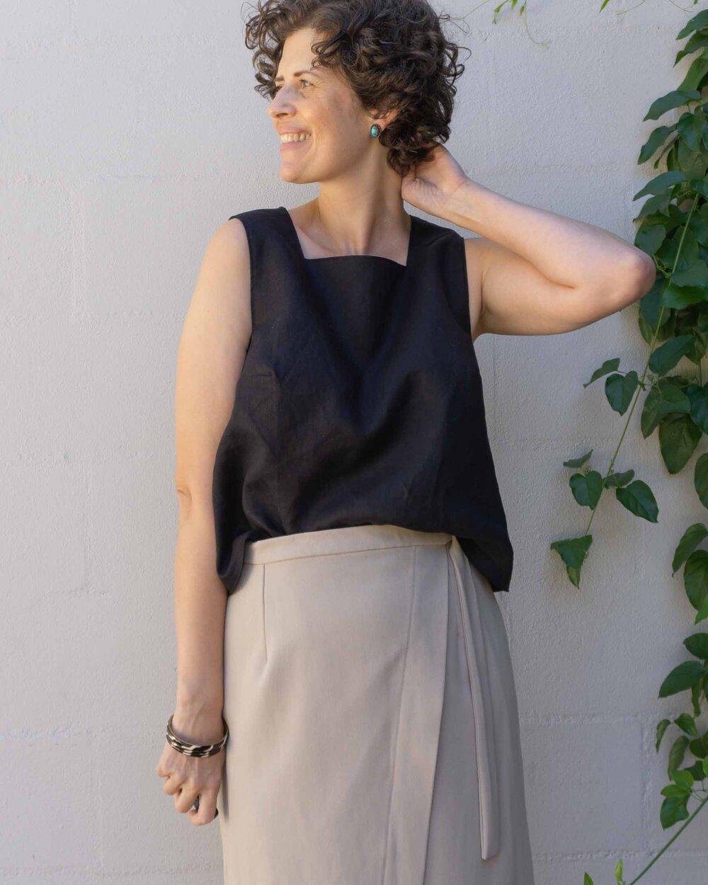 Button Back Tank Top - Miri Tank sewing pattern hack by Sew DIY
