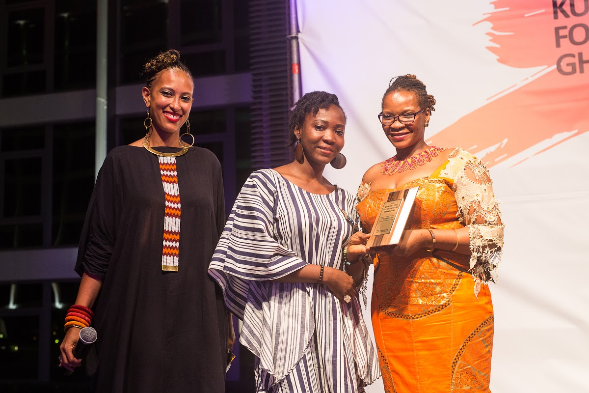 Theresa Ankomah, 1st runner up receiving her prize.jpg