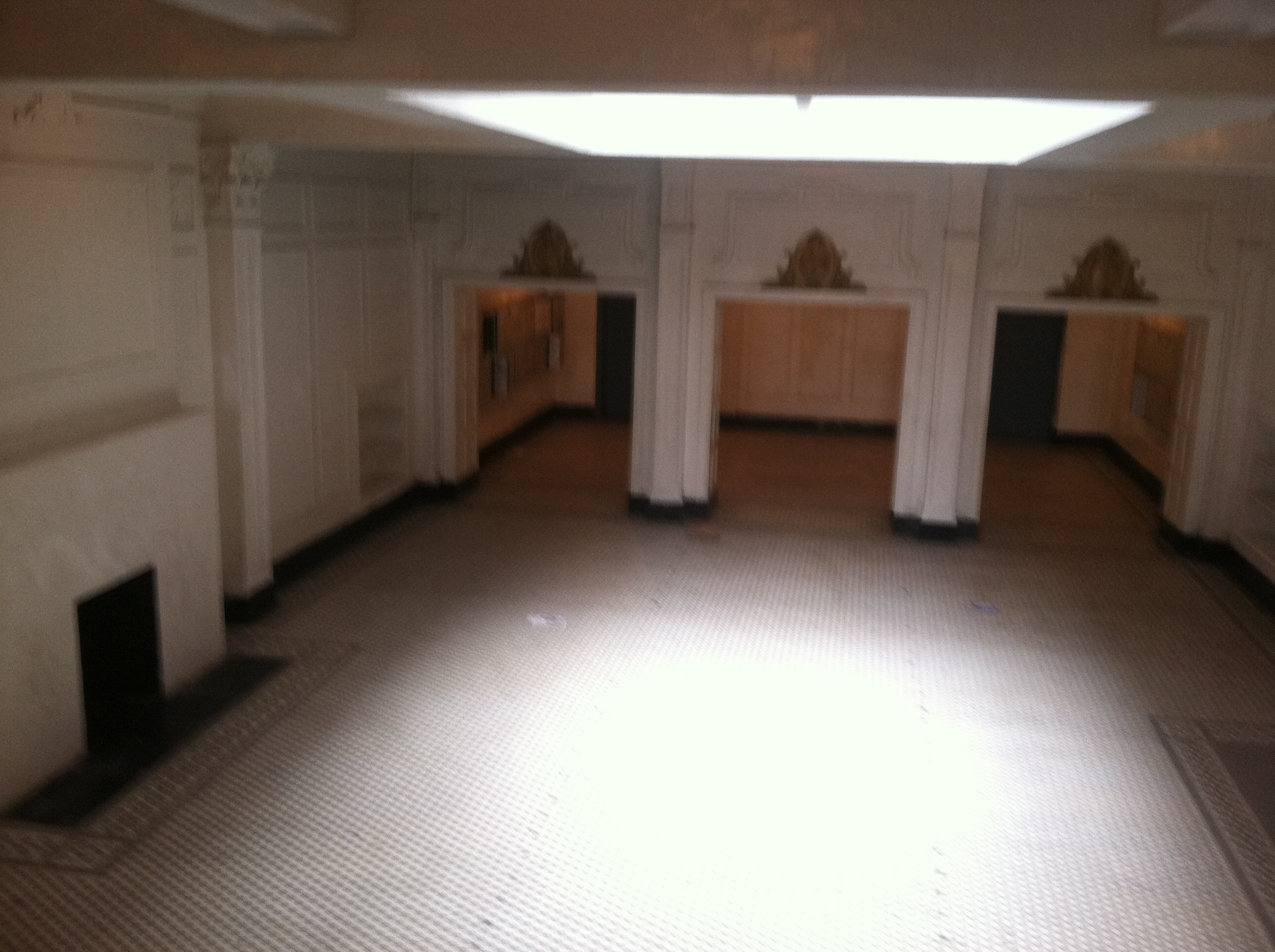 The Colony Arms lobby where DPD set up a HQ during the raid.