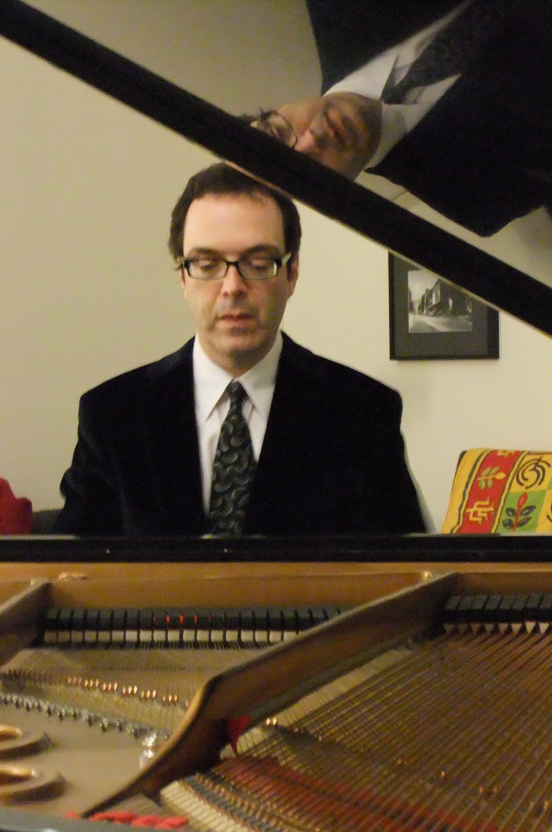 Sergio Gallo, piano.jpg