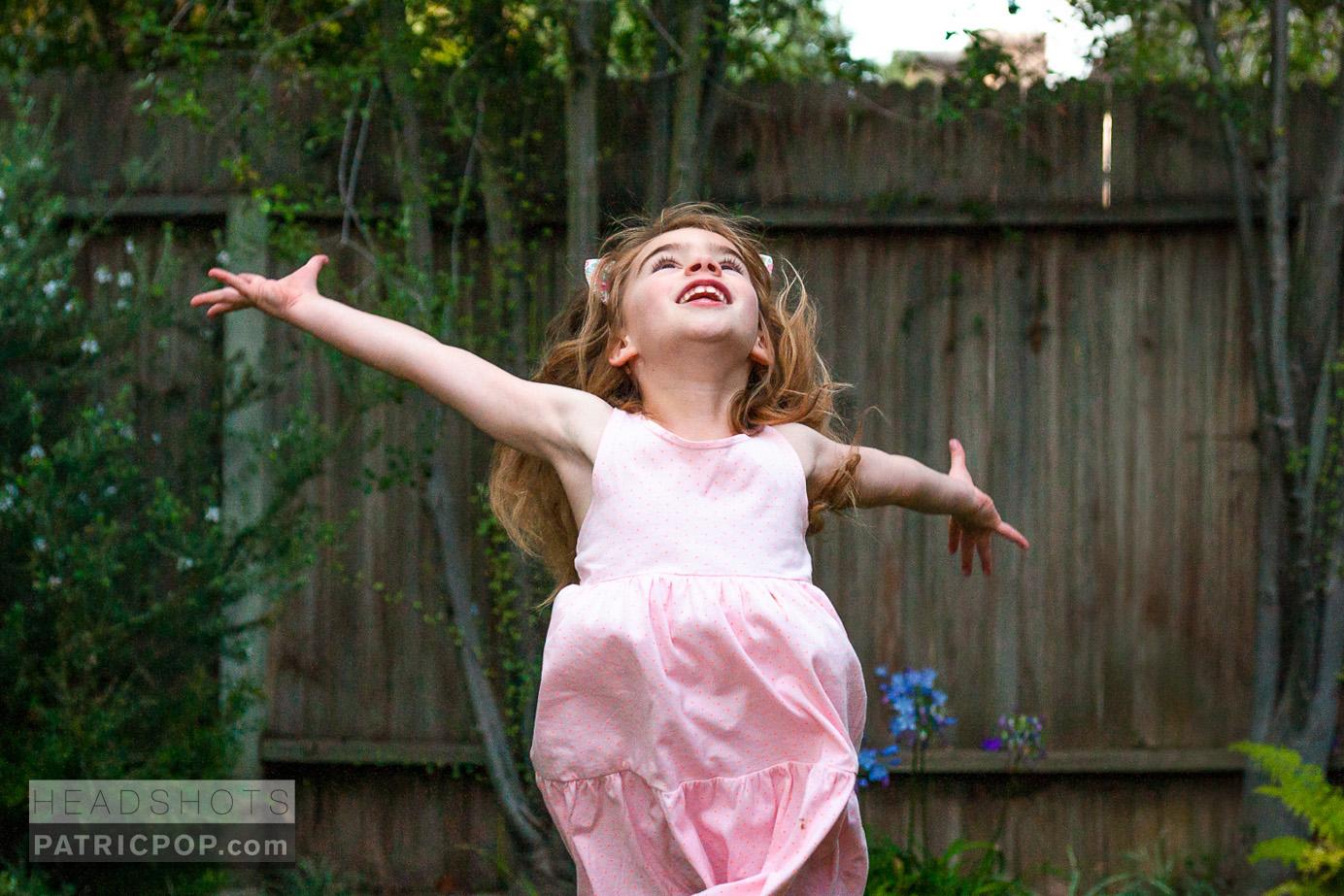 Patric-Pop-Photo-Geneve-Geneva-Headshot-Portrait-Natural-Light-Studio-Family-Moment.jpg