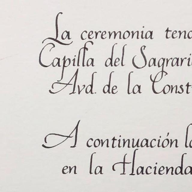 Detalles que marcan la diferencia. Así de simple. #handmade #hechoamano #caligrafiaconarte #calligraphy #caligrafia #bodas2019 #invitacionesdeboda #detallesquemarcanladiferencia