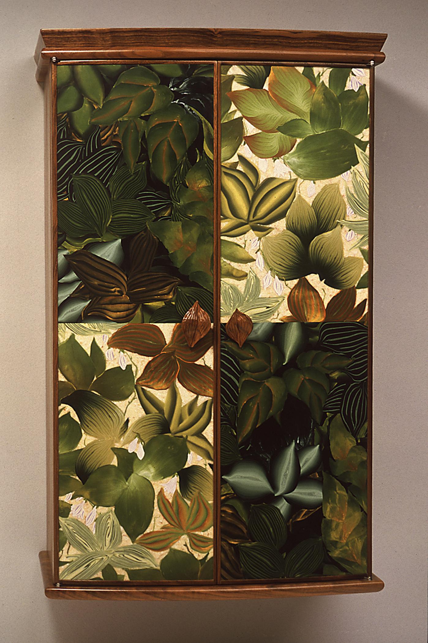 sun and shade cabinet