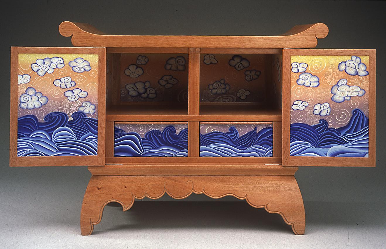 inside sea and sky altar coffer