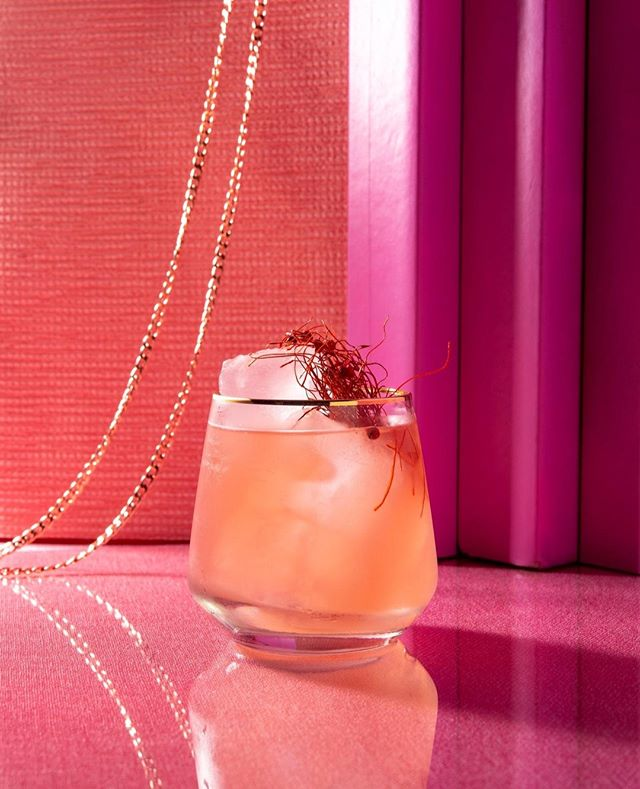 Meet Barbara Rhubarbara - one of our new tasty summerdrinks created just for you. ⁠ ⁠ Barbara is proud and eccentric and doesn't care about social conventions. Combining local rhubarb juice, with gin, chili and ginger feels just right. Life as a performance. Every drink, every day. Why? Because why not?!⁠ ⁠ Recipe⁠ ⁠ Ice cubes⁠ 50 ml local Gin⁠ 10 ml  freshly squeezed lime juice⁠ Organic rhubarb juice⁠ Optional: a splash of sparkling wine or soda⁠ Garnish: chili threads & candied ginger⁠ ⁠ ⁠ Looking for some great drinks for your next event or some customized cocktail content? Let's talk!⁠ ⁠ #mixology #barcatering #instadrinks #instacocktails #bartenders #drinkoftheday #craftspirits #cocktailart #germangin #mixologyart #bar #berlinbars #berlindrinks #picoftheday #summerdrinks #sektgar #cocktails #spirits #mixologist #drinkporn #berlinfood  #cocktaillover #ginlover @ginspirationde  #gincocktail #rhubarb #rharbarber #sektgarsummerdrinks #sektgar #sektgarevents #liquid_community⁠