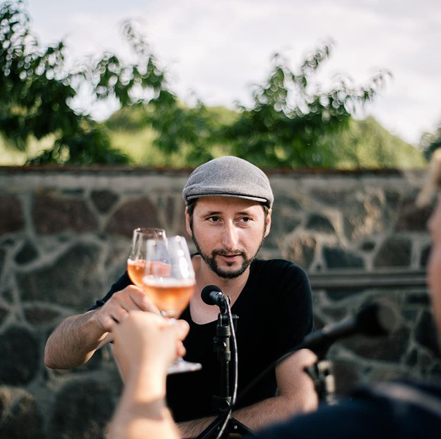"The second episode of our podcast series ""Sekt Talks!"" is online, featuring Michael Wickert aka ""Fischmann Micha"", founder of @glutundspaene. We talk about his passion for fish, the reasons for moving from @markthalleneun to Gerswalde and many other interesting topics while sipping Pet-Nat from ""Winzerei Lüttmer""  and some amazing sparkling wines from @weingutdiehl. Link in Bio. ⁠⠀ ⁠Pictures: @milenazwerenz  #sekttalks #glutundspäne #fischmannmicha #markthalleneun #berlinstreetfood #gerswalde #uckermark #gastropodcast #sekt #champagner #berlinfood #berlindrinks #mixology #drinkpodcast #sektgar #champagne #drinks #instadrinks #fish #fishpodcast #dailycatch #weingutdiehl #winzereilüttmer ⁠⠀"