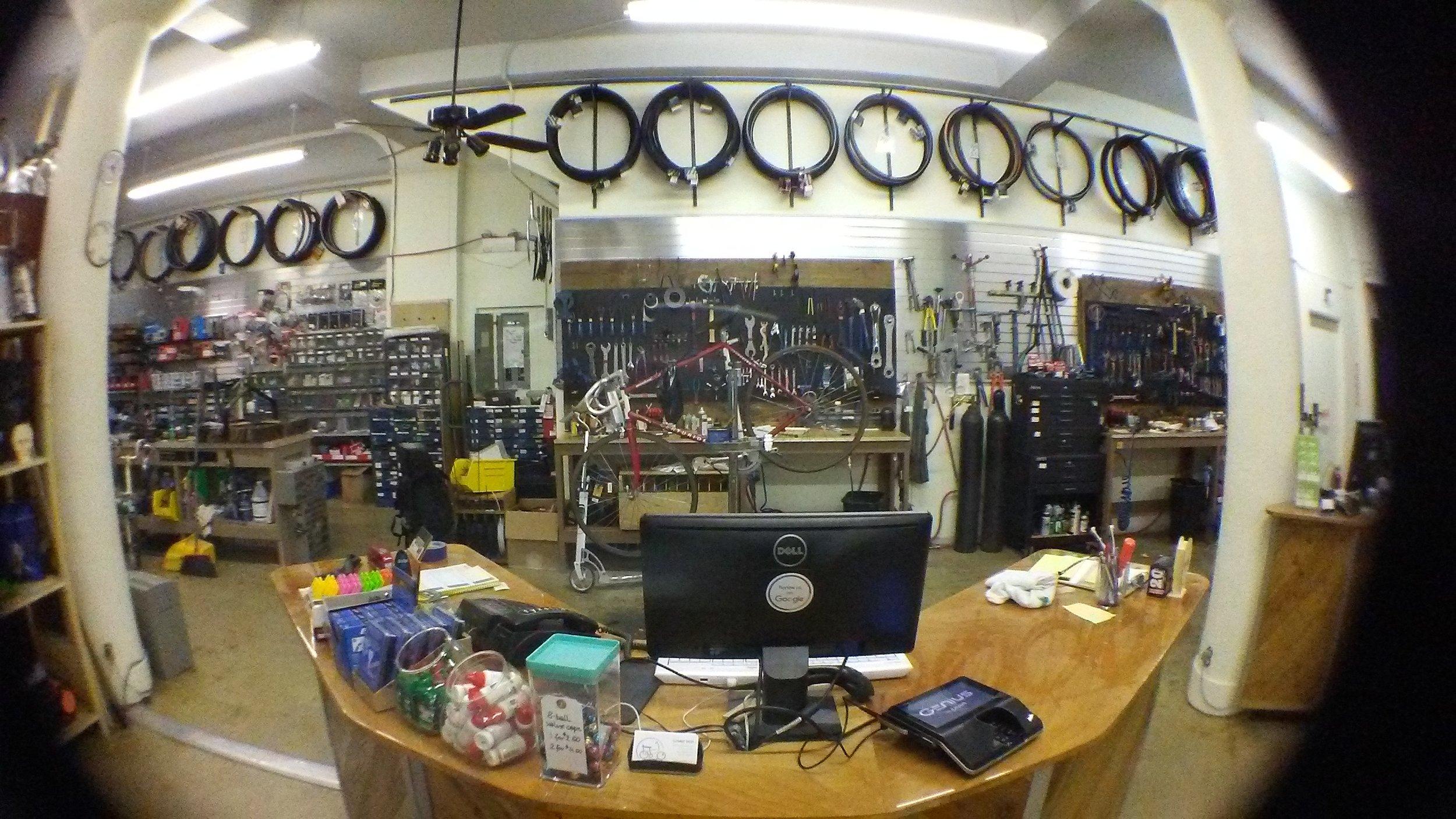 Cosmic_Bikes_Repair_Shop_Chicago.jpg