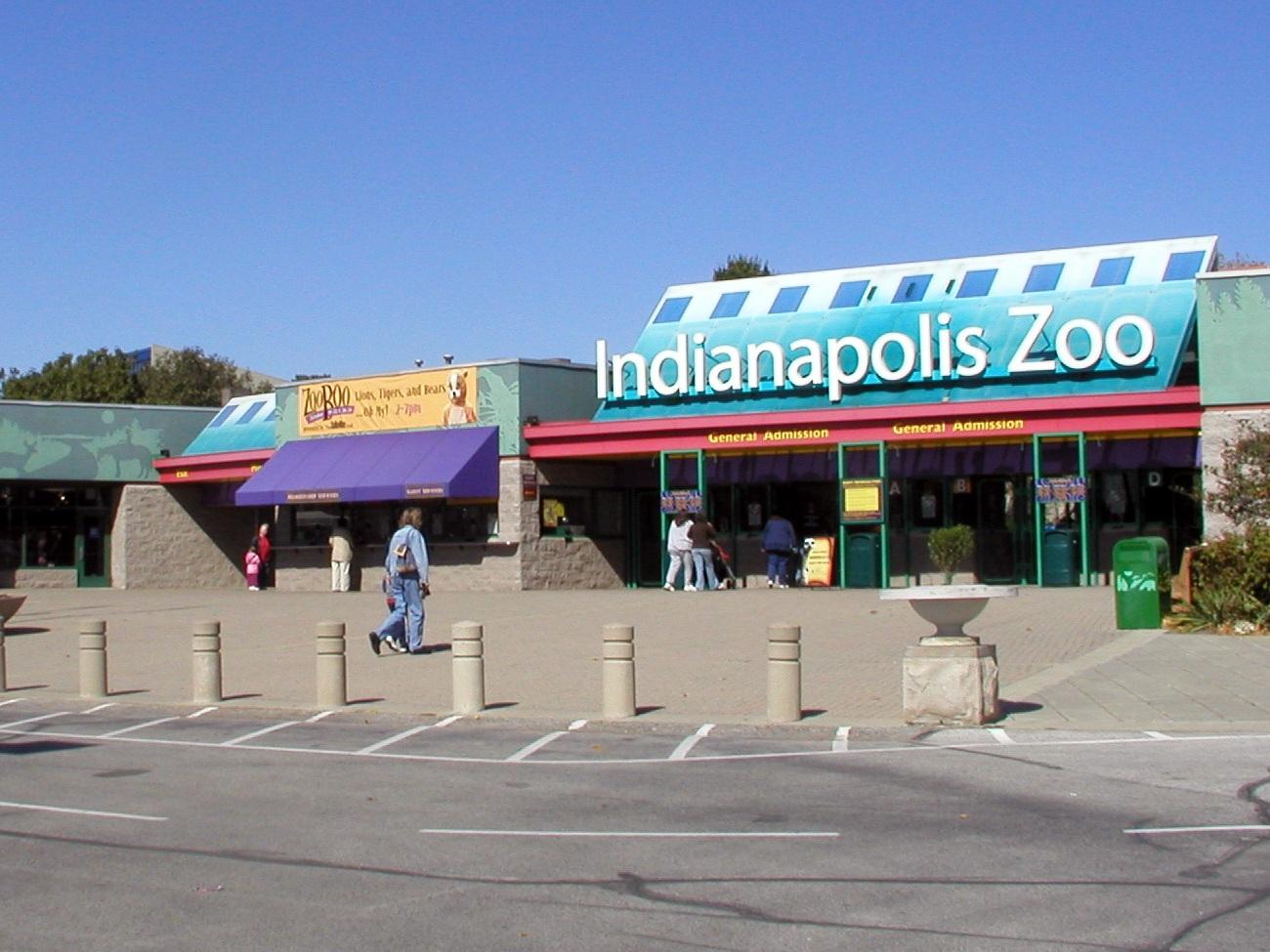 IndyZoo-Entrance.jpg