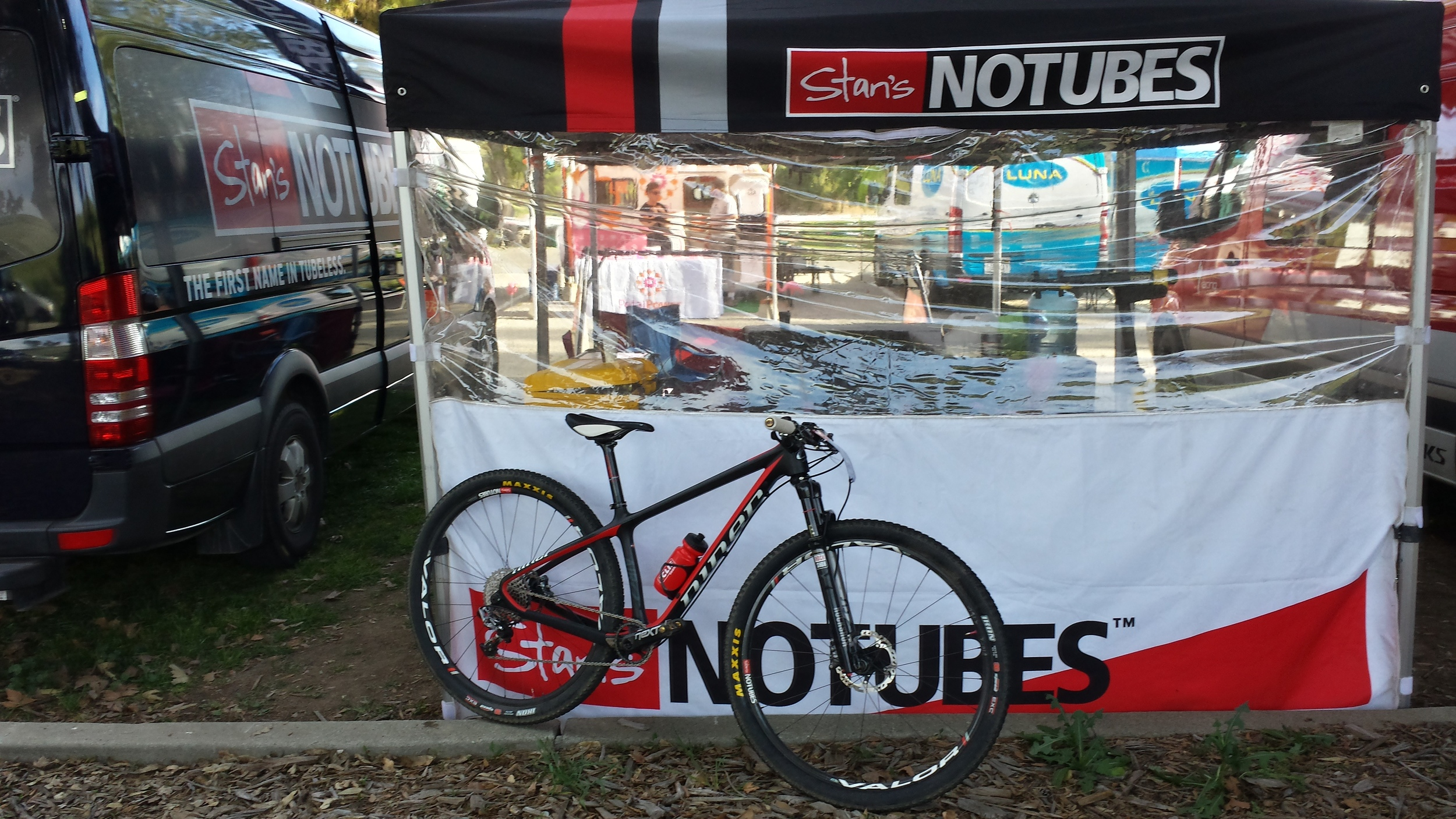 Niner Air9 RDO. Stan's NoTubes Valor wheels. Maxxis IKON tires. Crankbrothers pedals. ❤❤❤