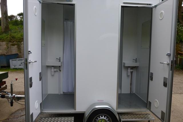 Beale Shower 1.JPG